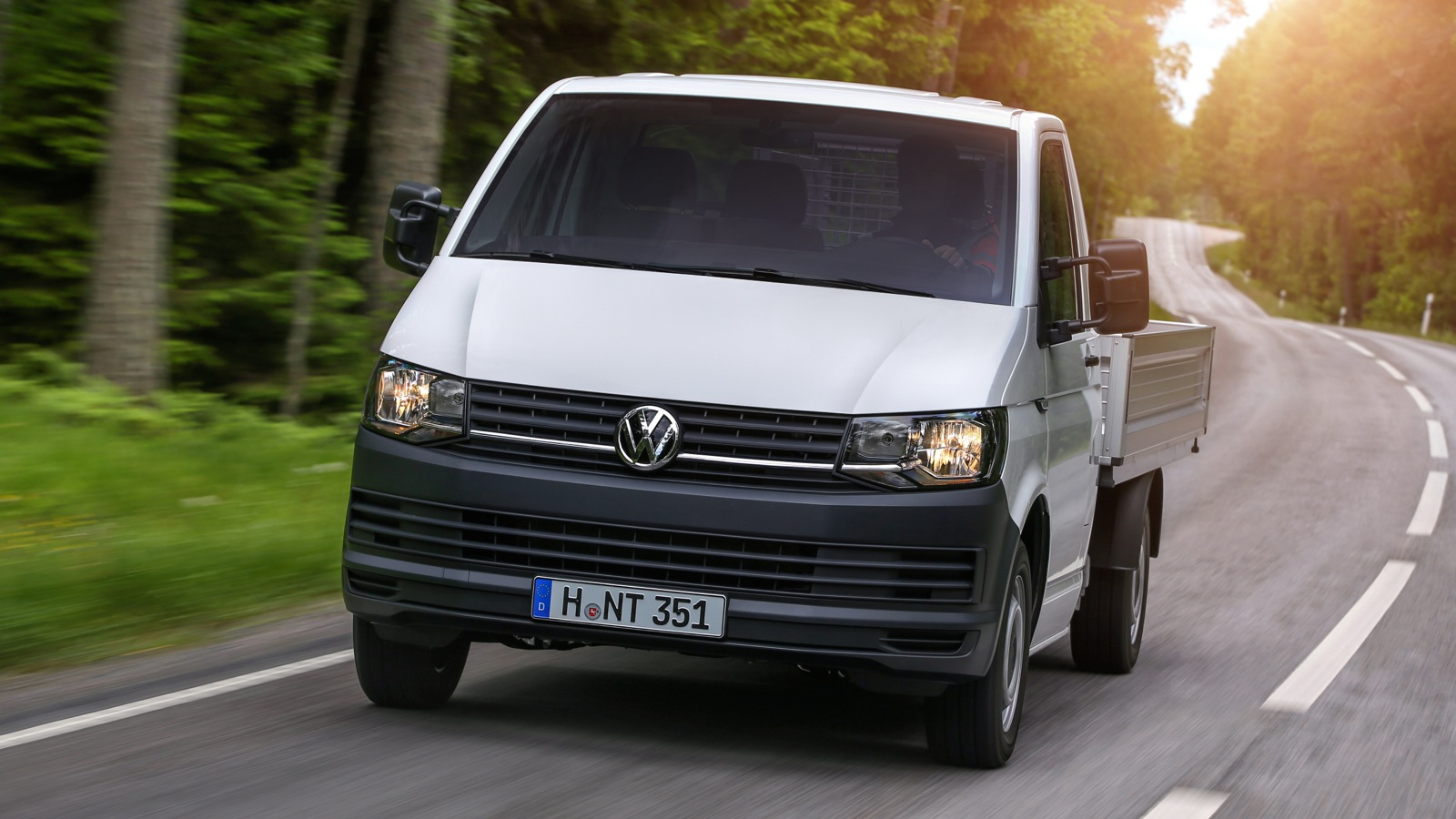 volkswagen transporter t6 review photos caradvice. Black Bedroom Furniture Sets. Home Design Ideas