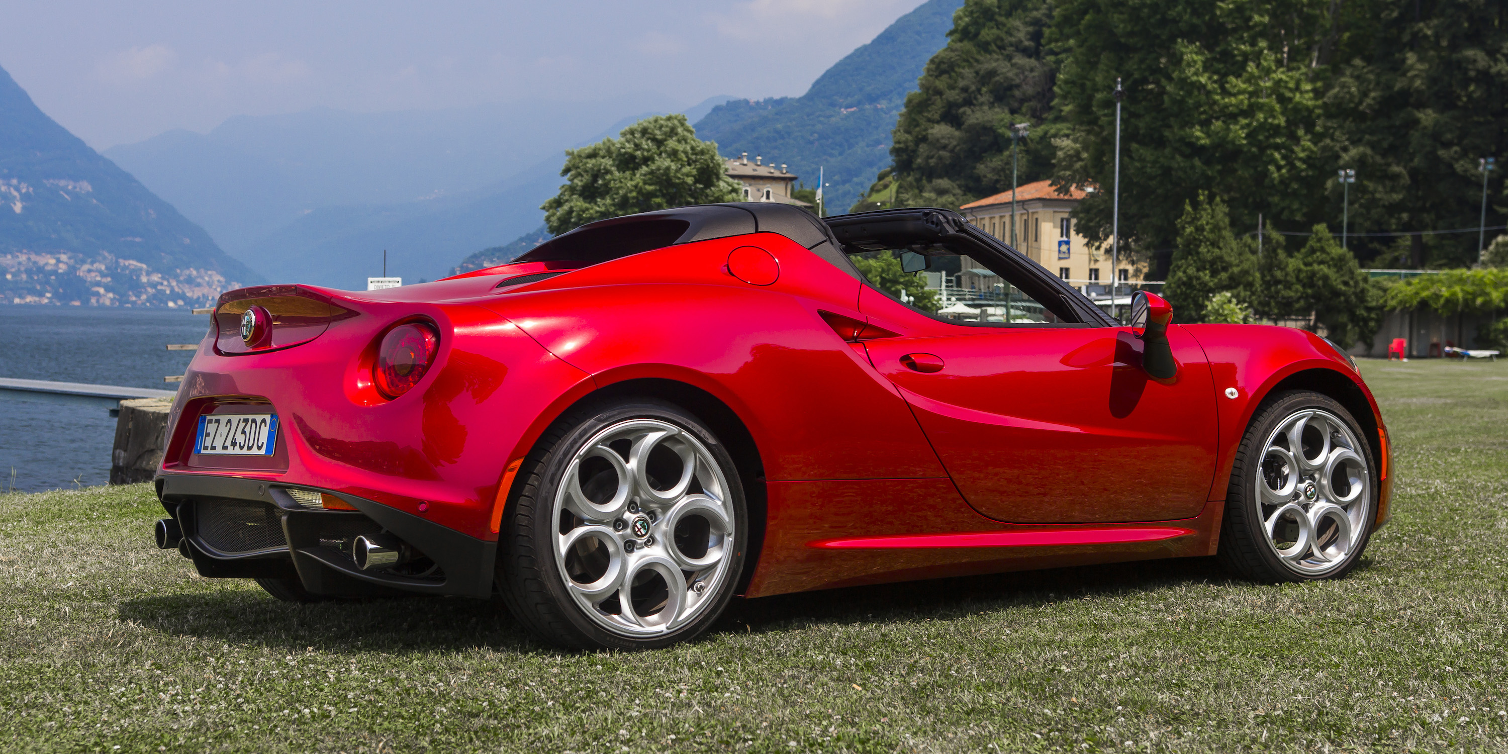 alfa romeo 4c spider review caradvice. Black Bedroom Furniture Sets. Home Design Ideas
