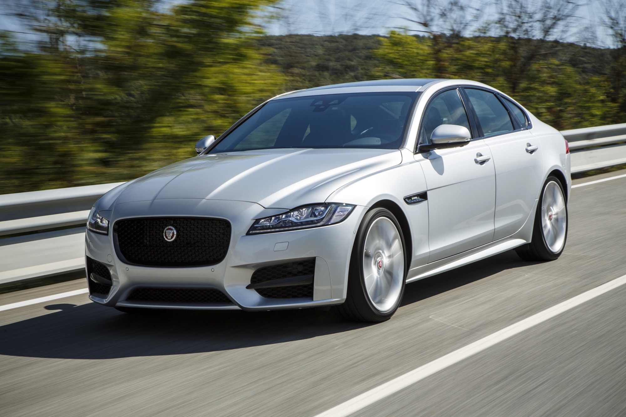 Mitsubishi Suv 2015 >> 2016 Jaguar XF Review - photos | CarAdvice