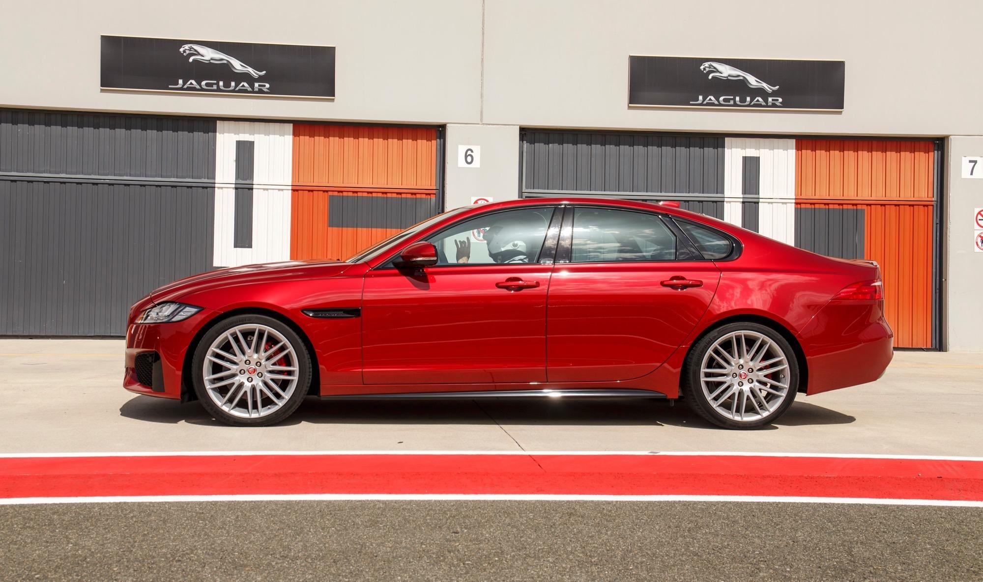 Jaguar Xf 2018 >> 2016 Jaguar XF Review - photos | CarAdvice