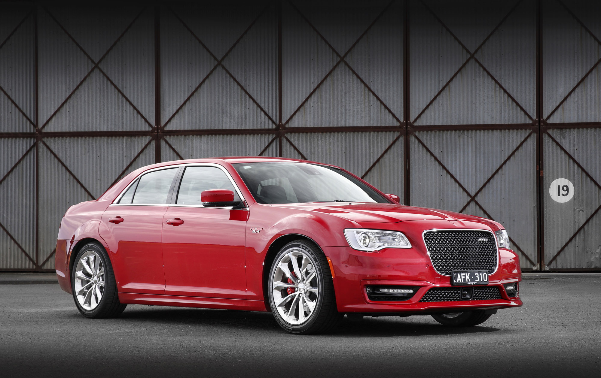 2015 chrysler 300 srt review photos caradvice. Black Bedroom Furniture Sets. Home Design Ideas
