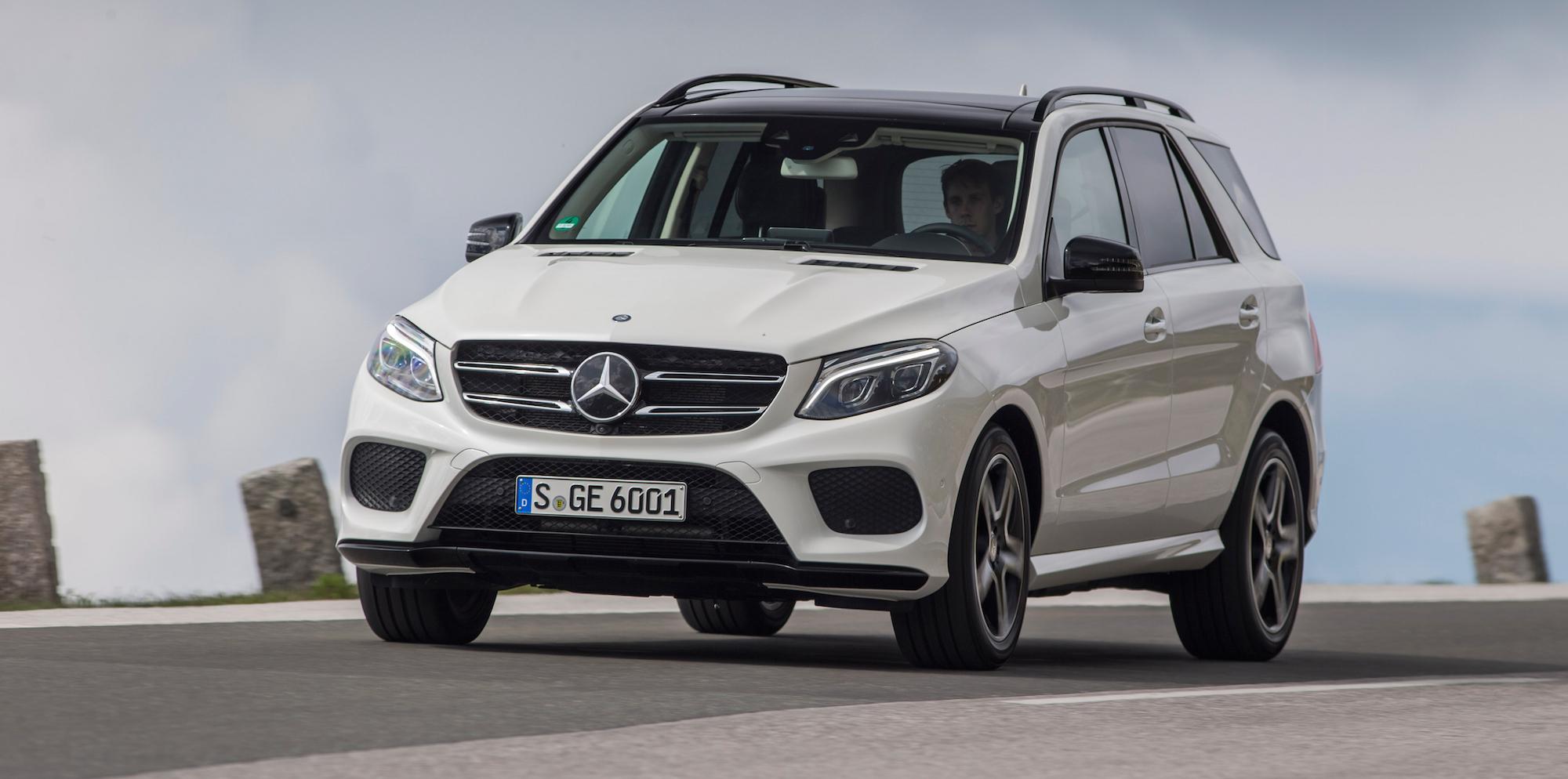 Lexus tops us customer satisfaction study as industry for Mercedes benz customer satisfaction