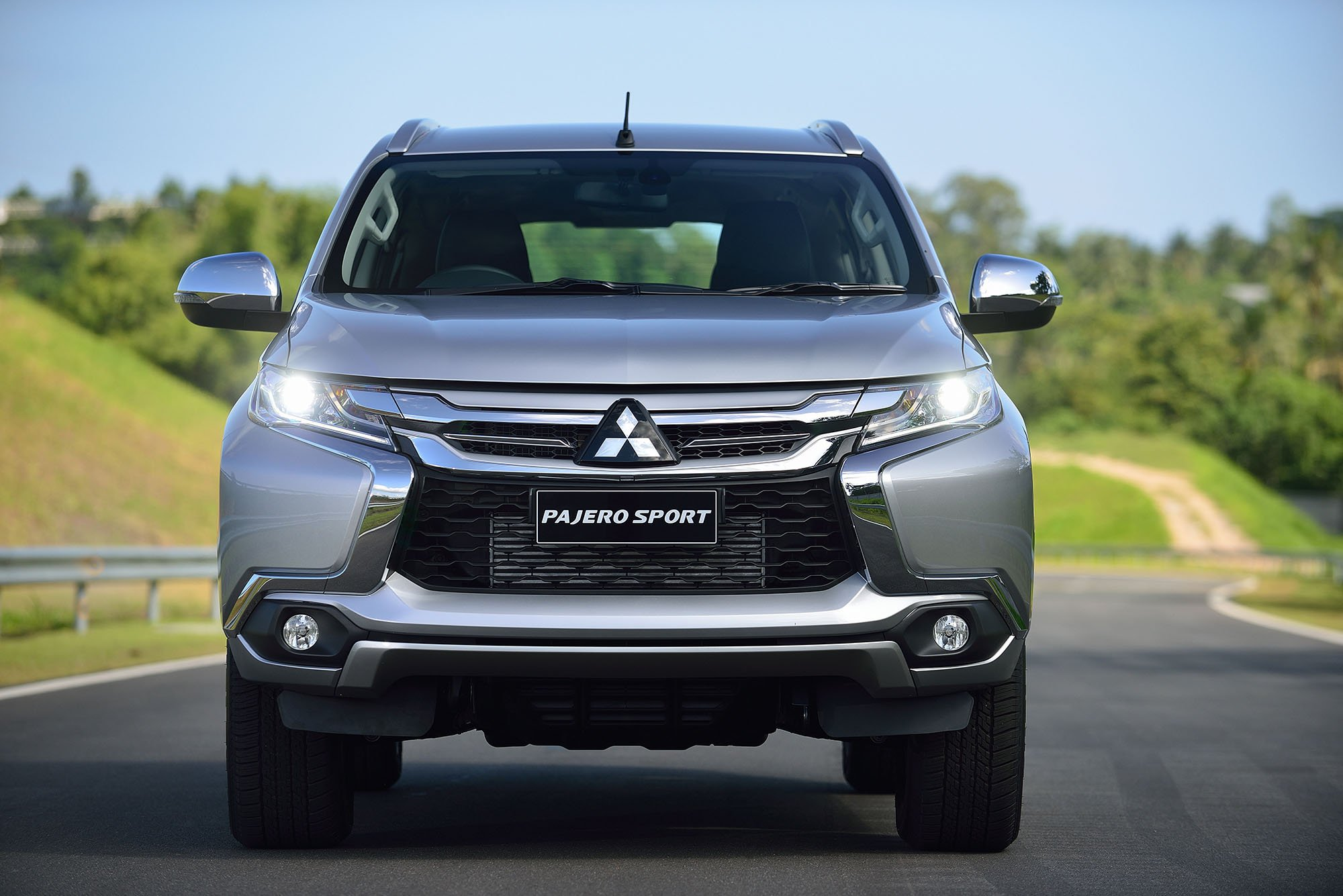 2016 Mitsubishi Challenger Revealed Photos Caradvice