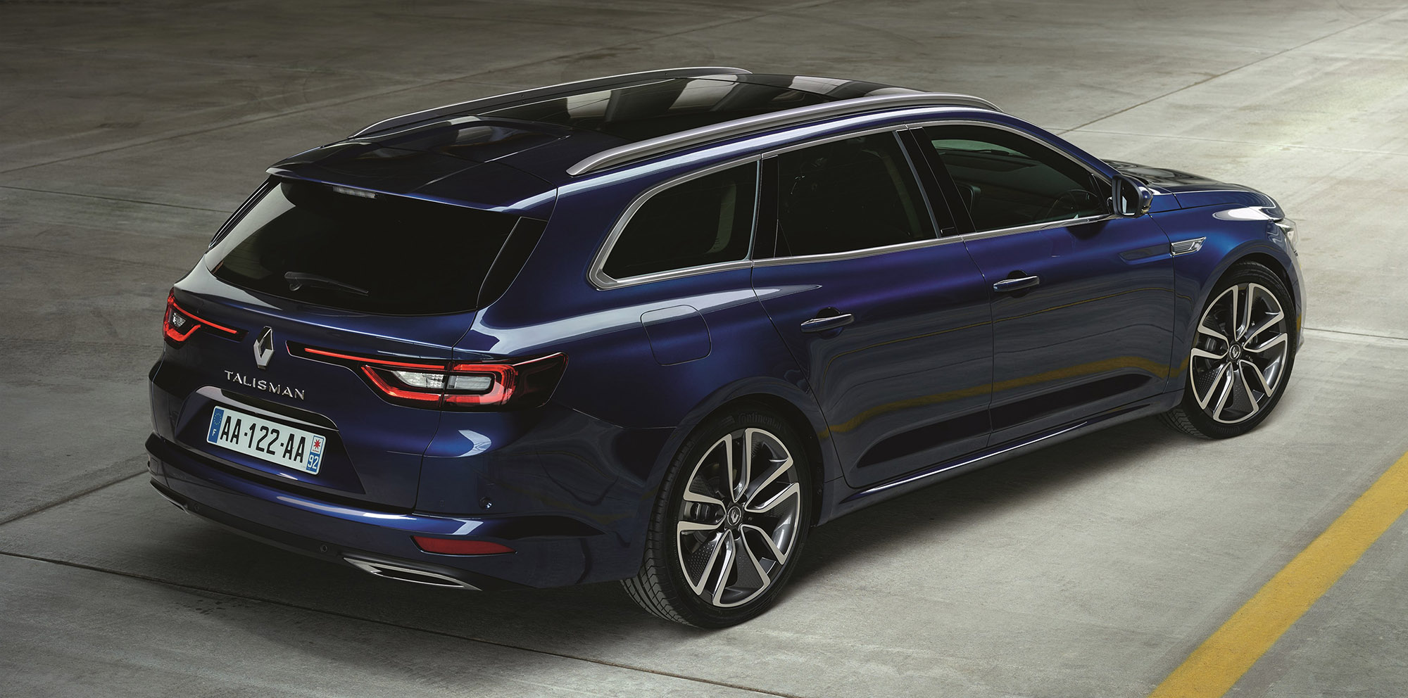 renault talisman wagon revealed ahead of frankfurt photos caradvice. Black Bedroom Furniture Sets. Home Design Ideas