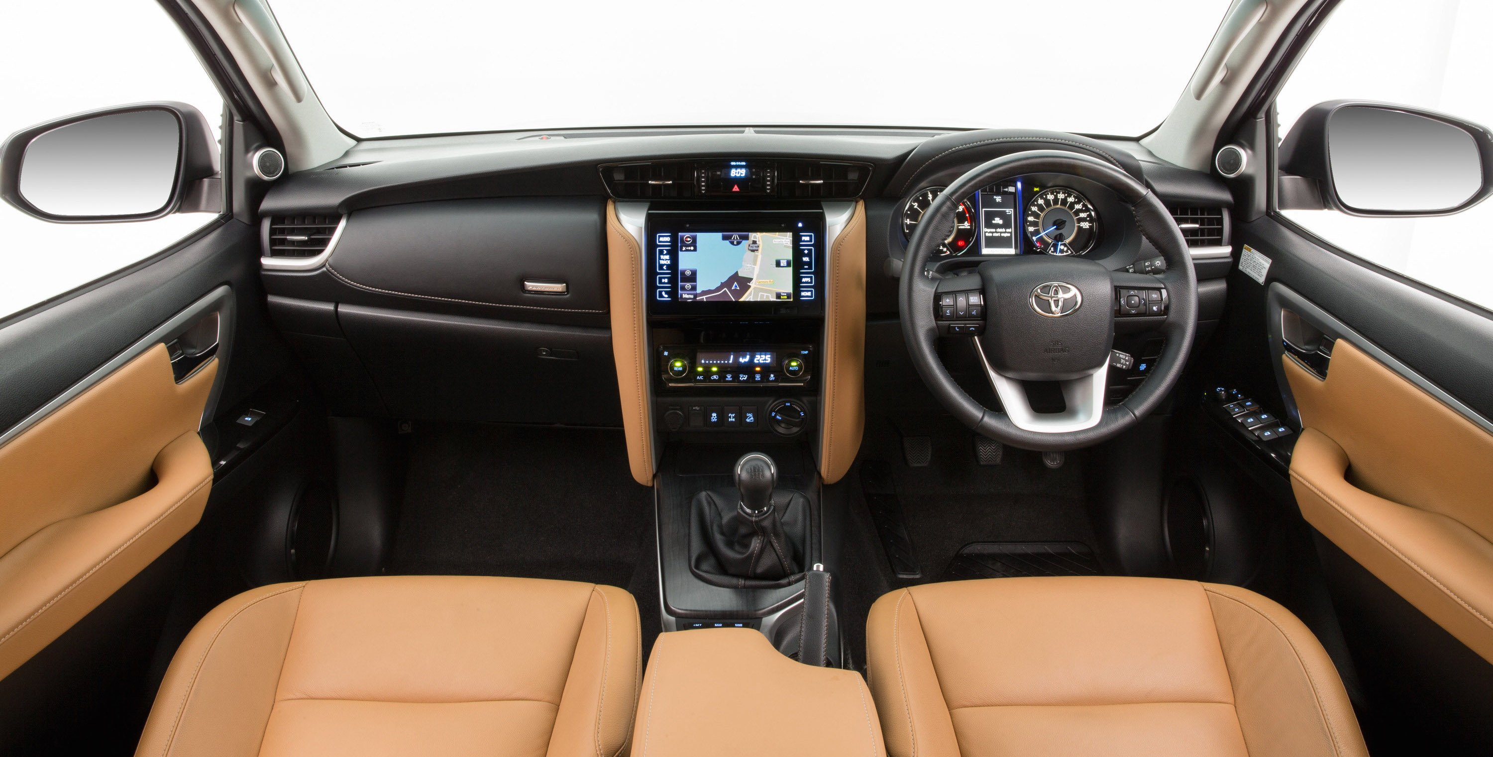 2016 Toyota Fortuner Interior Revealed Photos