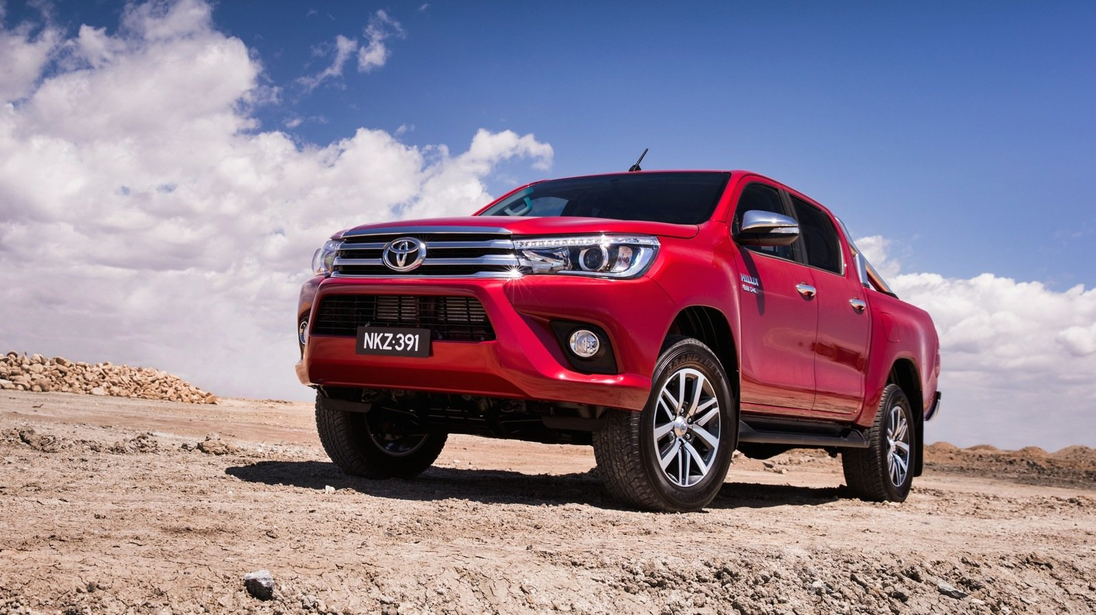 vfacts new car sales october 2015 toyota hilux back on top photos 1 of 7. Black Bedroom Furniture Sets. Home Design Ideas