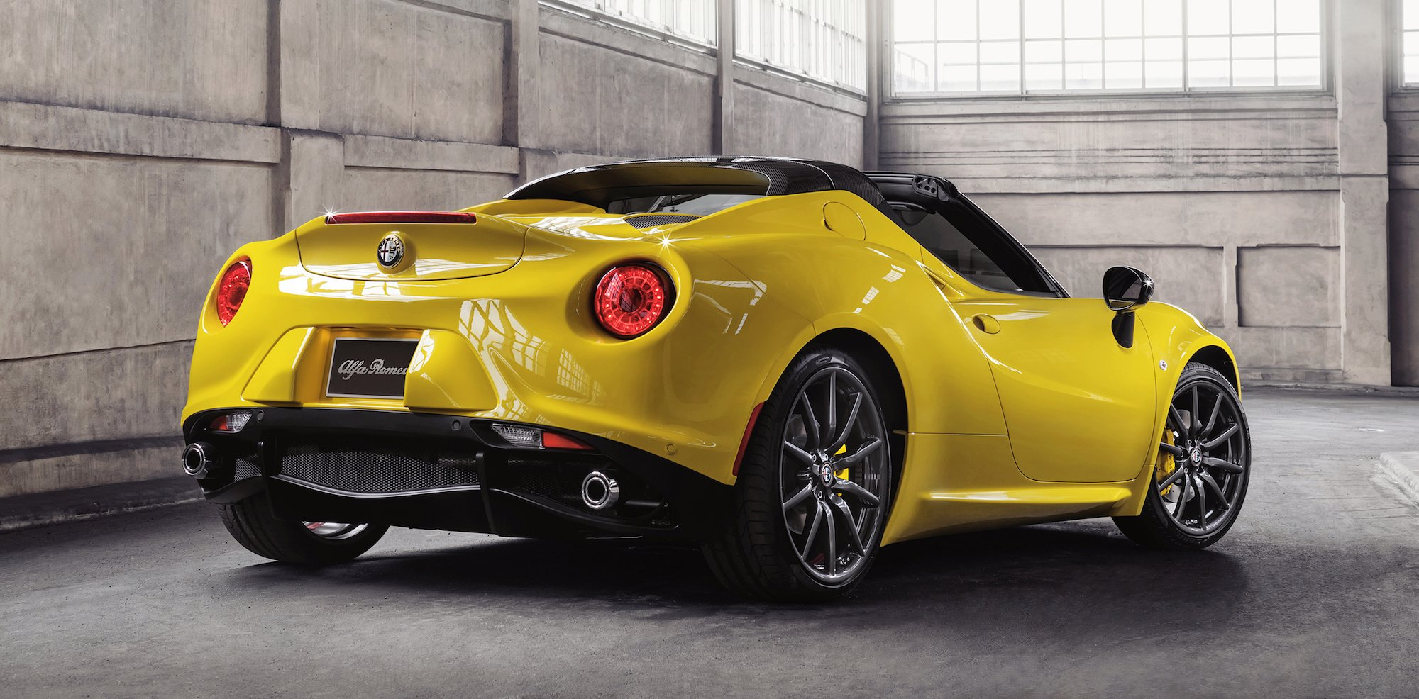 alfa romeo 4c spider gets sub 100k price tag photos caradvice. Black Bedroom Furniture Sets. Home Design Ideas