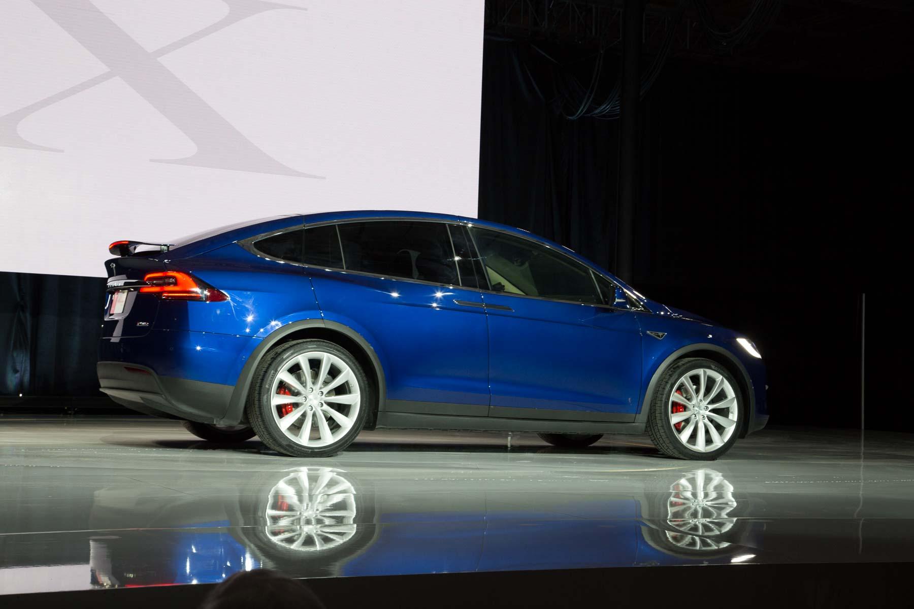 Tesla Model X Revealed Ahead Of Australian Debut 7 Seats