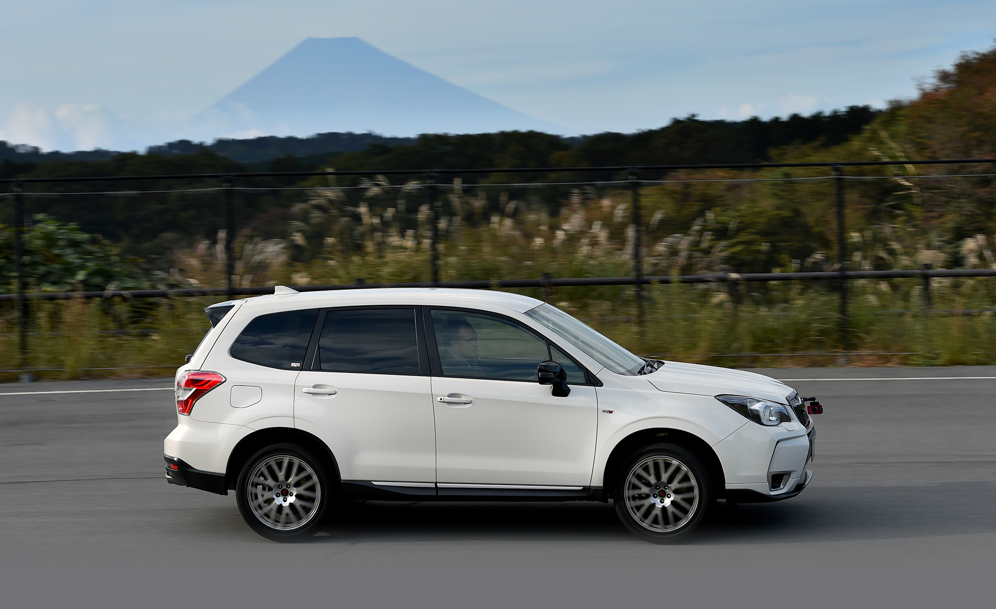 Mazda 3 Hatch >> 2016 Subaru Forester tS Review: Quick drive - photos | CarAdvice