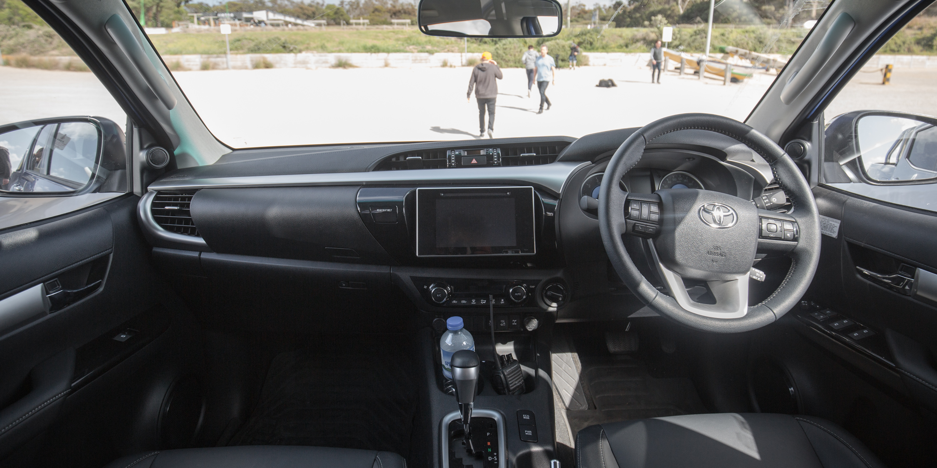 2006 Toyota Corolla For Sale >> 2016 Toyota HiLux SR5 Review - photos | CarAdvice