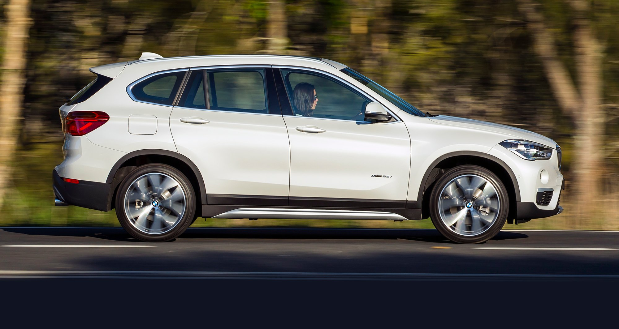 Bmw X Drive >> 2016 BMW X1 Review - photos | CarAdvice
