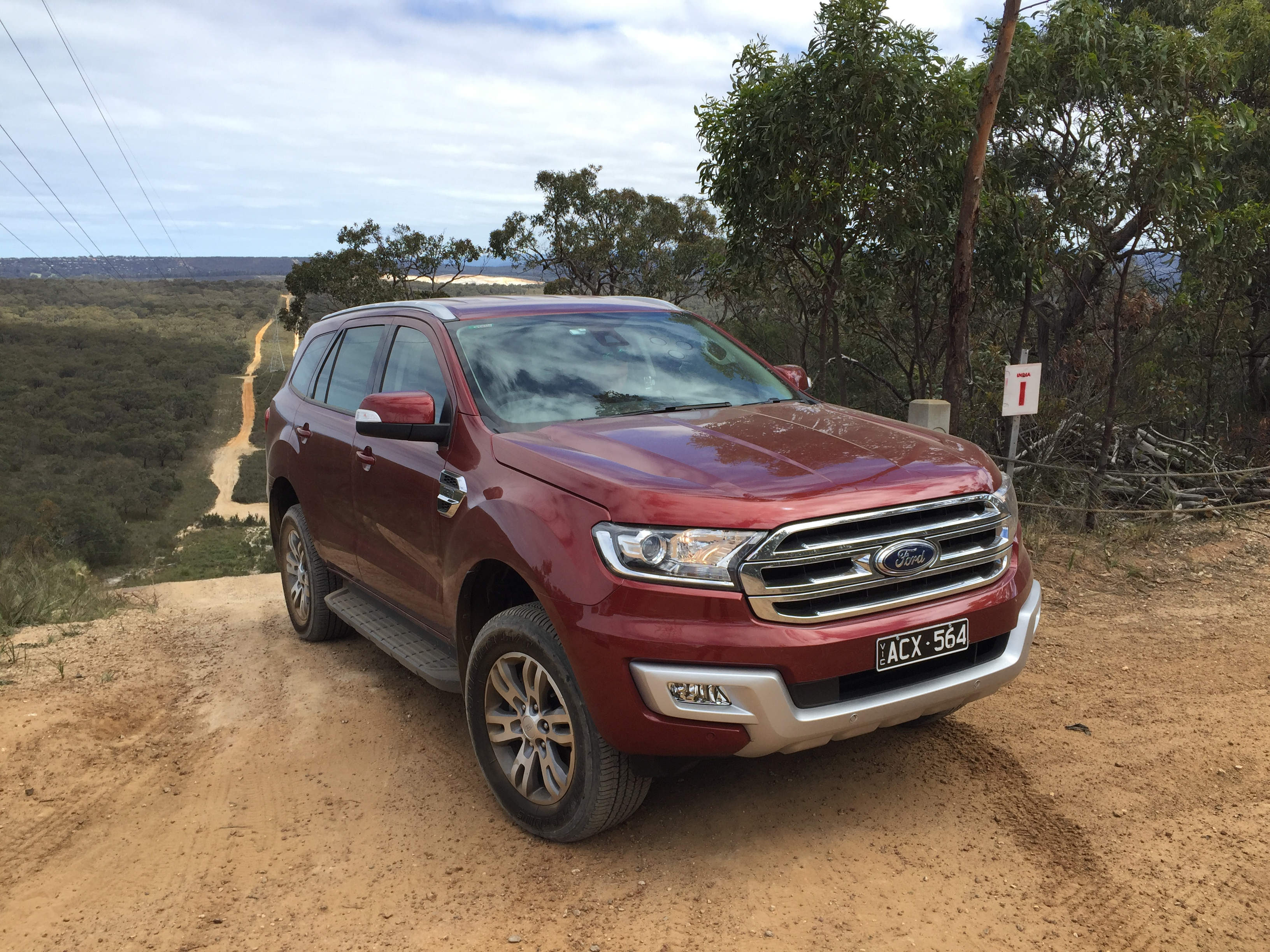 ford everest 2016 review - Car Hideout