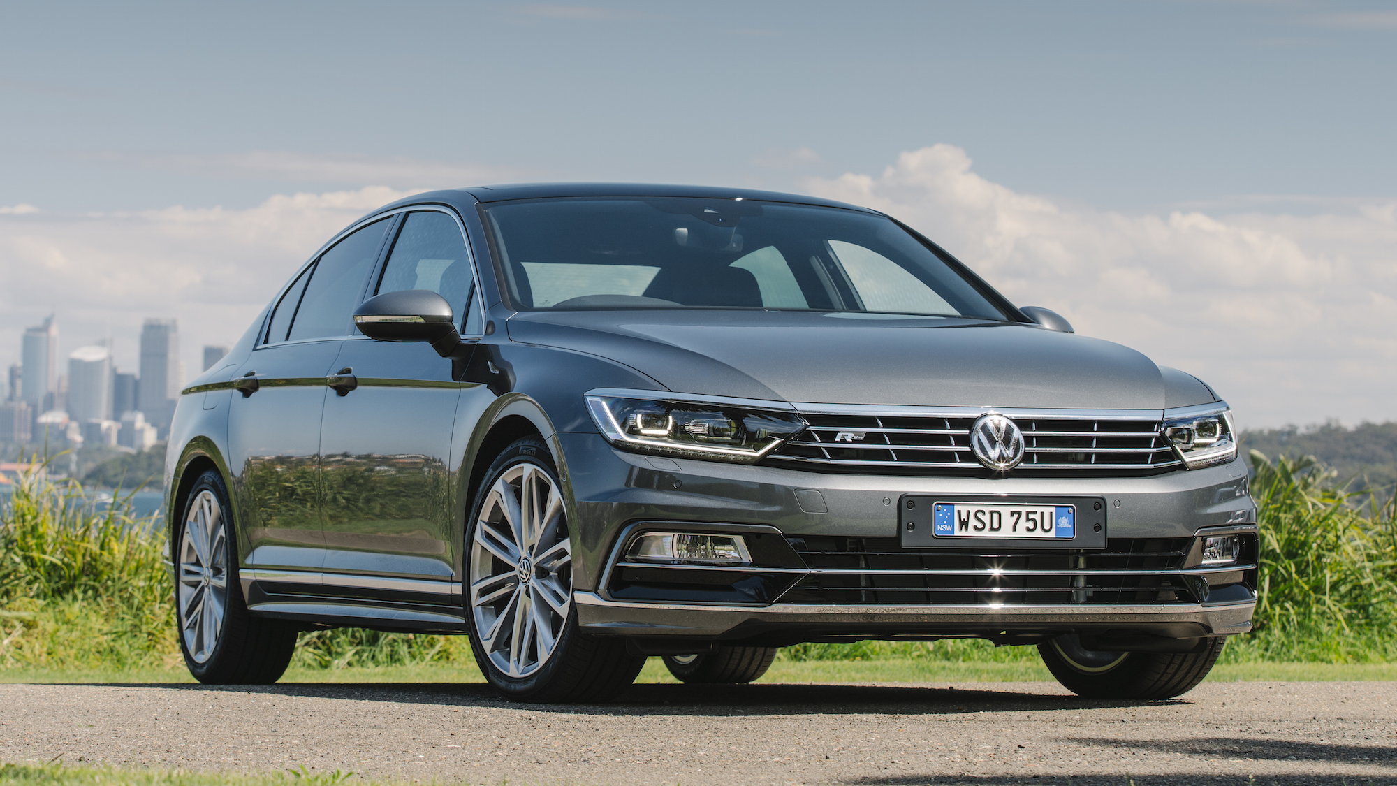 2016 Volkswagen Passat Review - photos | CarAdvice