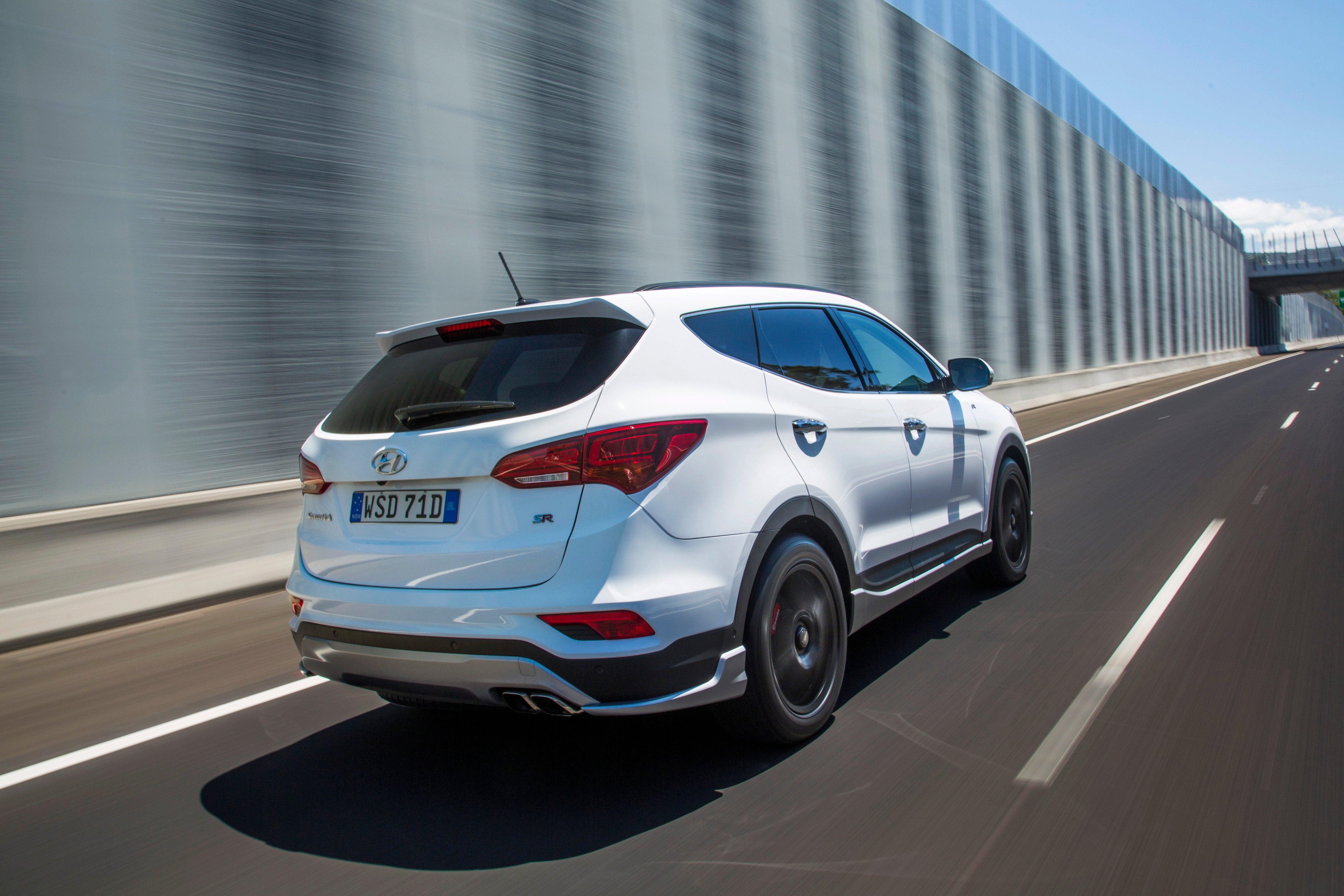2016 Hyundai Santa Fe >> 2016 Hyundai Santa Fe Review - photos | CarAdvice