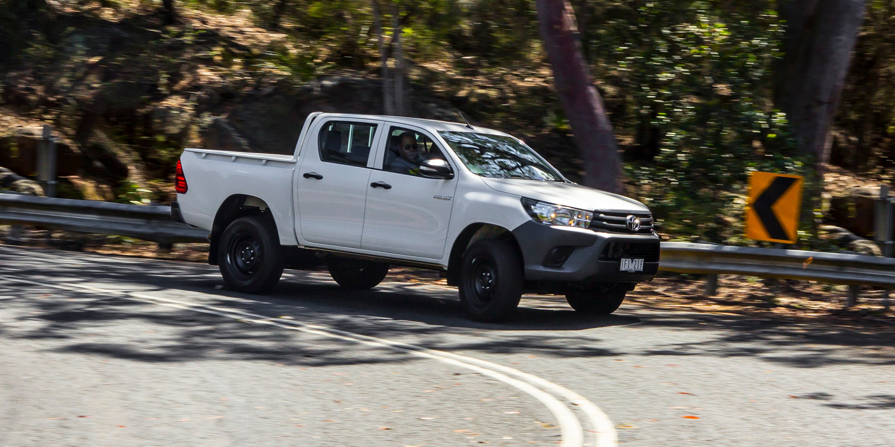 2016 Toyota HiLux WorkMate 4x4 Review - Photos
