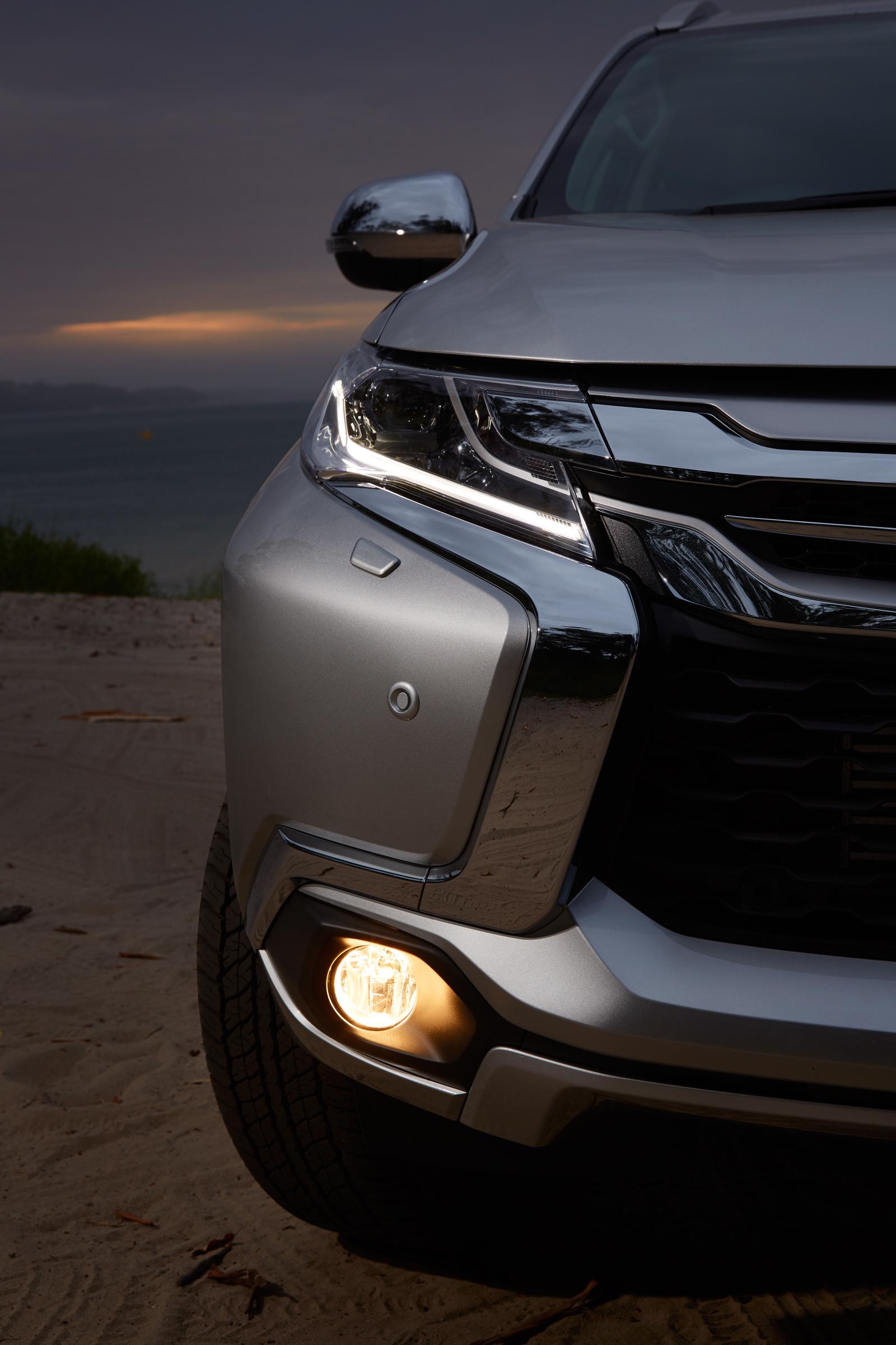 2016 Mitsubishi Pajero Sport Review - photos | CarAdvice