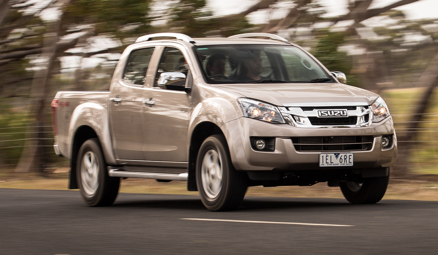 2016 isuzu d max ls terrain 4x4 dual cab ute review photos caradvice. Black Bedroom Furniture Sets. Home Design Ideas