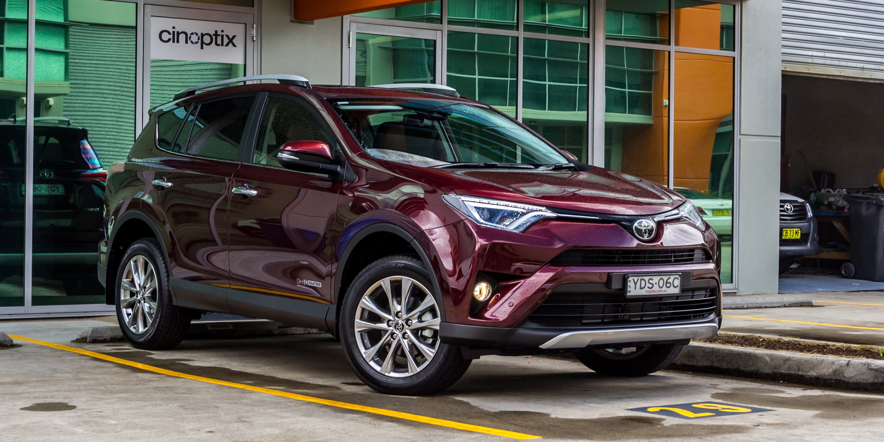 2016 toyota rav4 cruiser diesel review caradvice. Black Bedroom Furniture Sets. Home Design Ideas