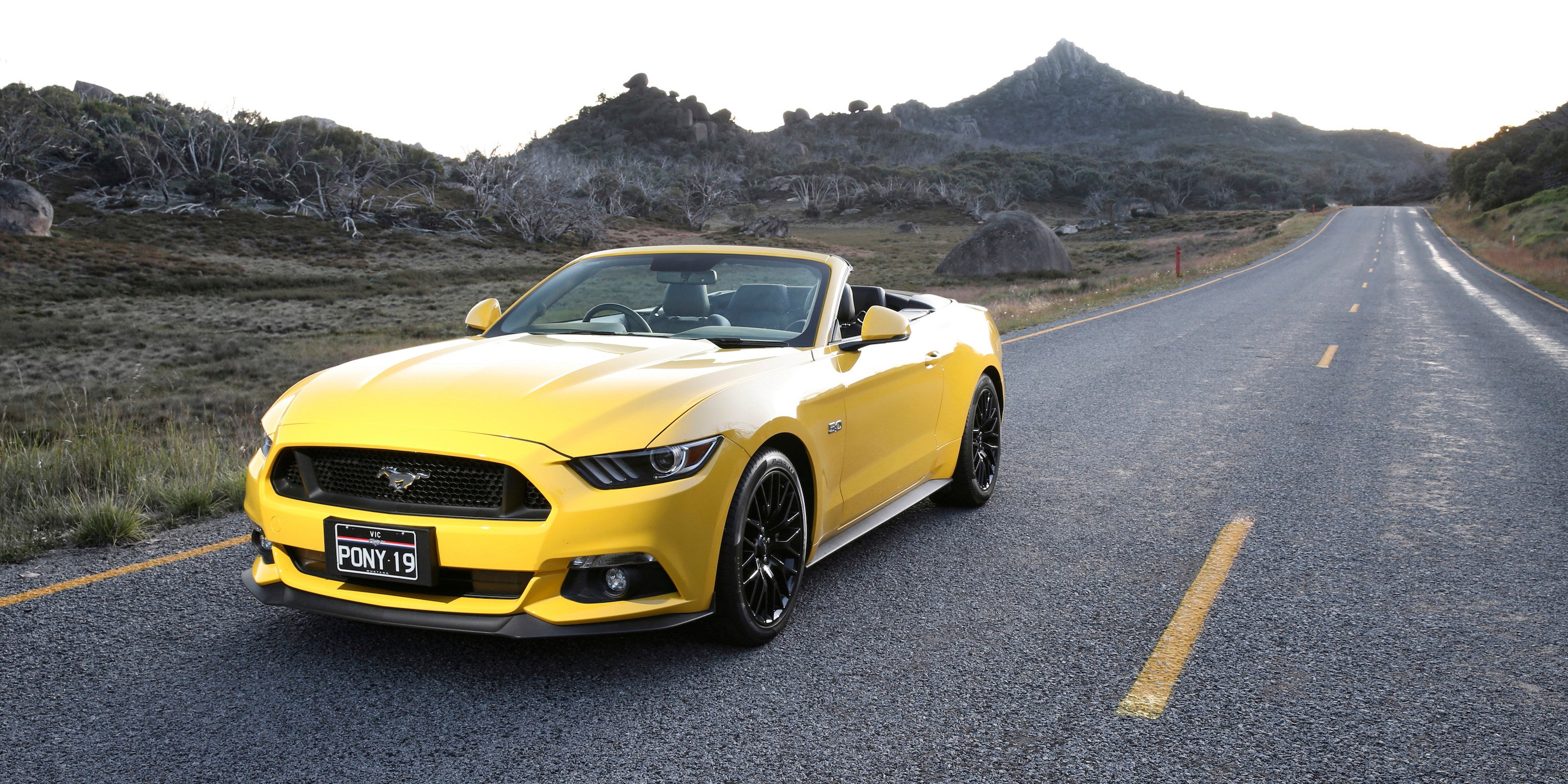 2016 ford mustang review photos caradvice. Black Bedroom Furniture Sets. Home Design Ideas
