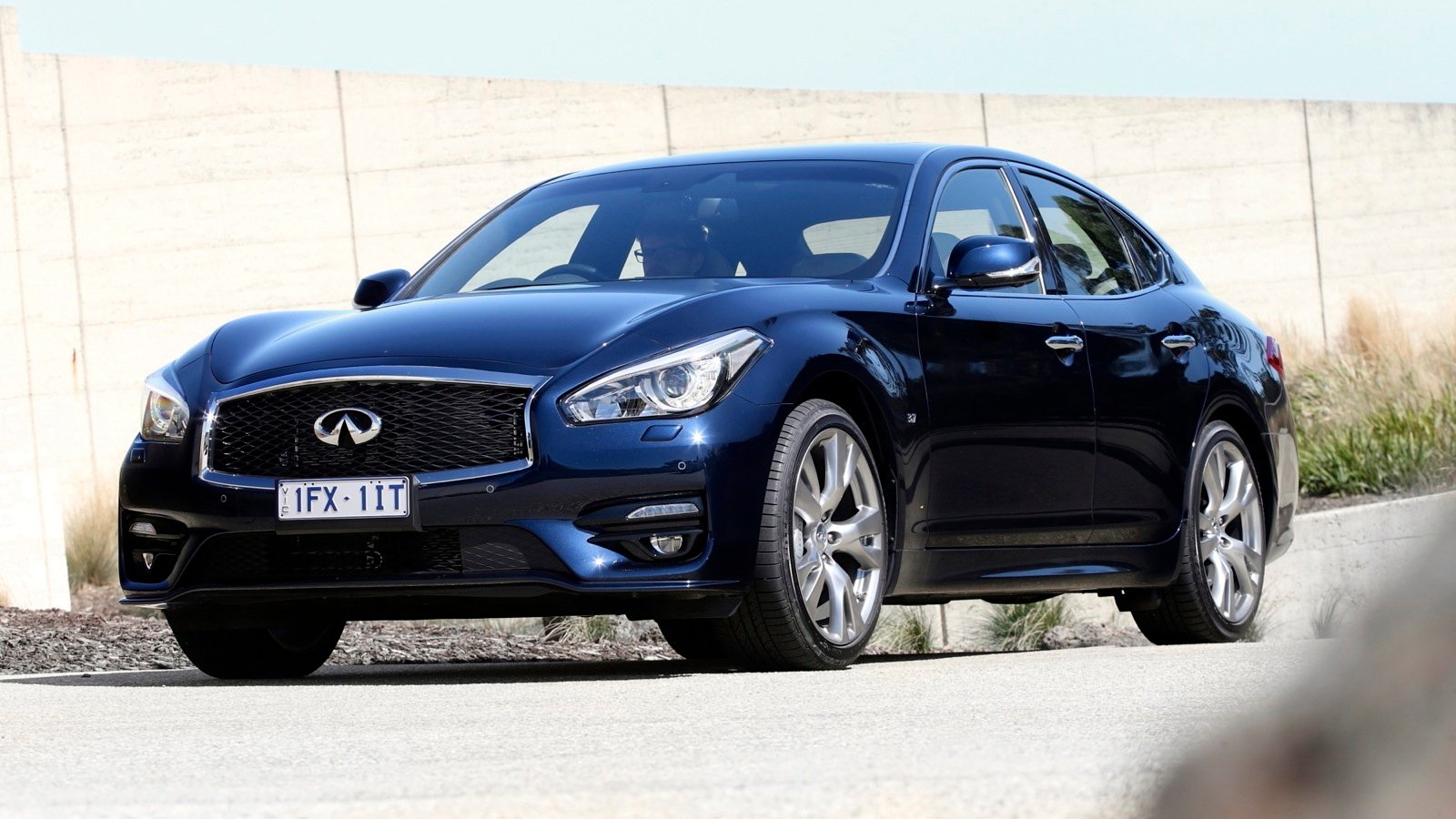 2016 Infiniti Q70 Pricing And Specifications Photos