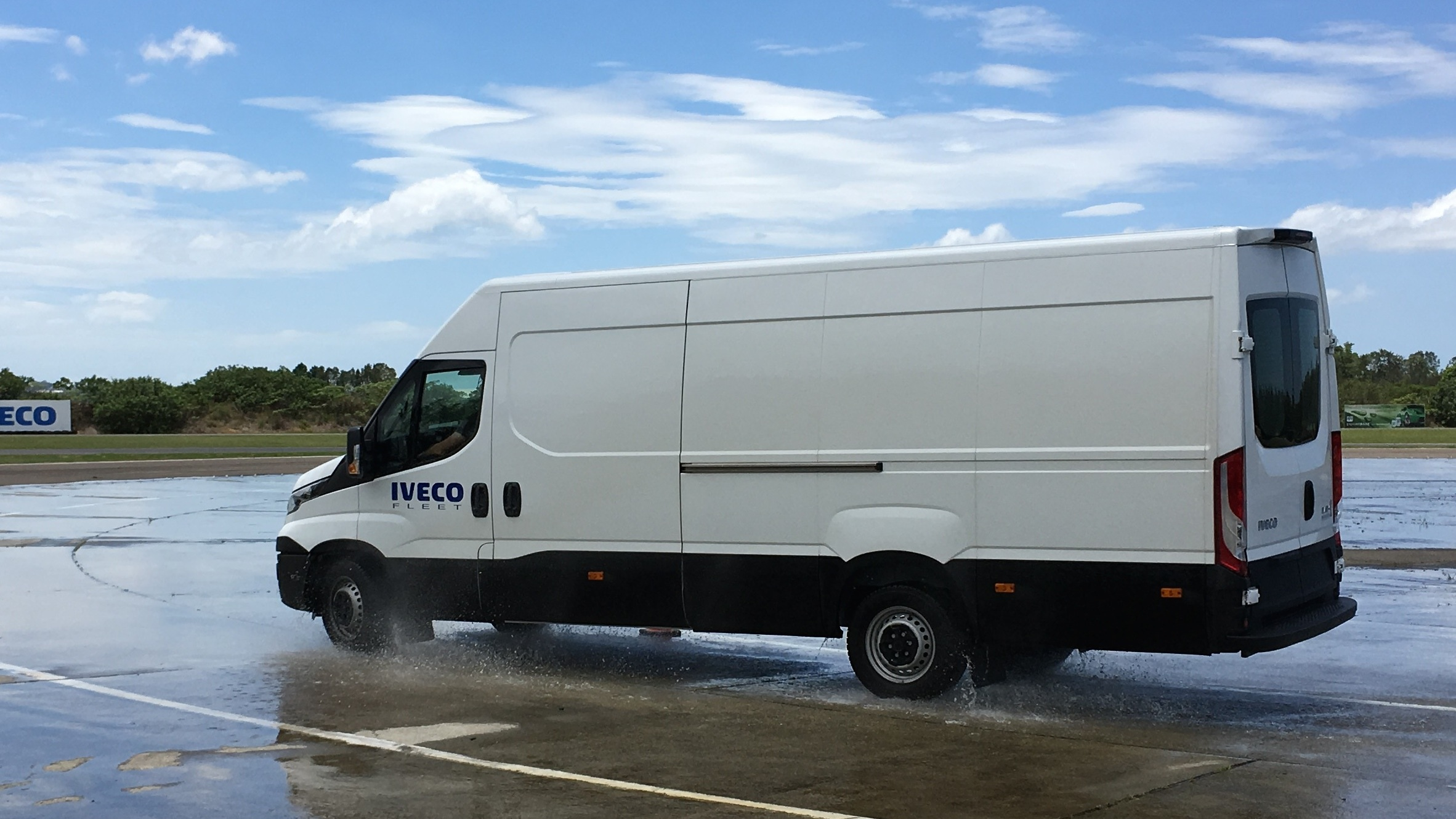 2016 Iveco Daily Review Quick Drive Photos Caradvice