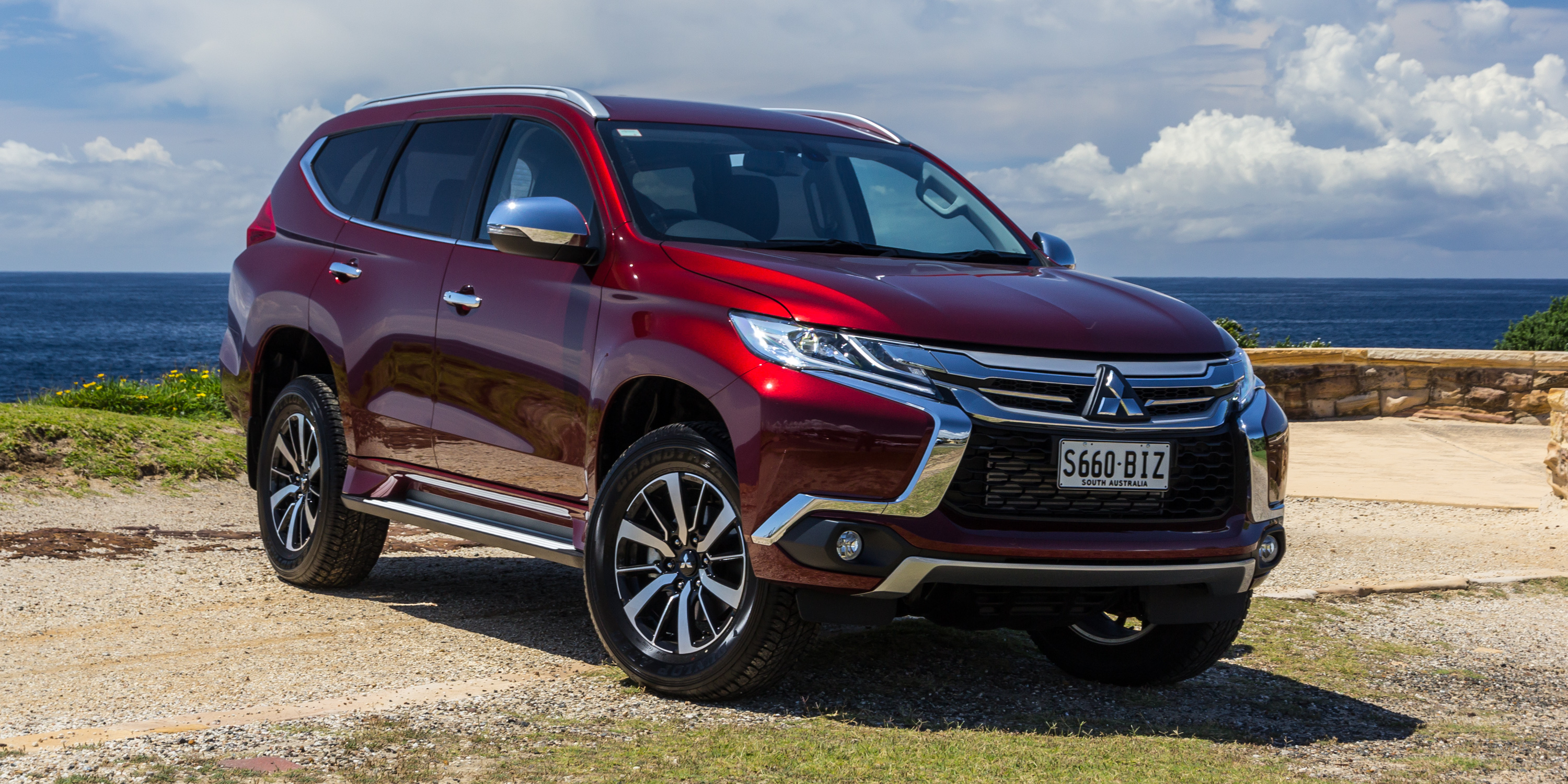 2016 Mitsubishi Pajero Sport Gls Review Photos Caradvice