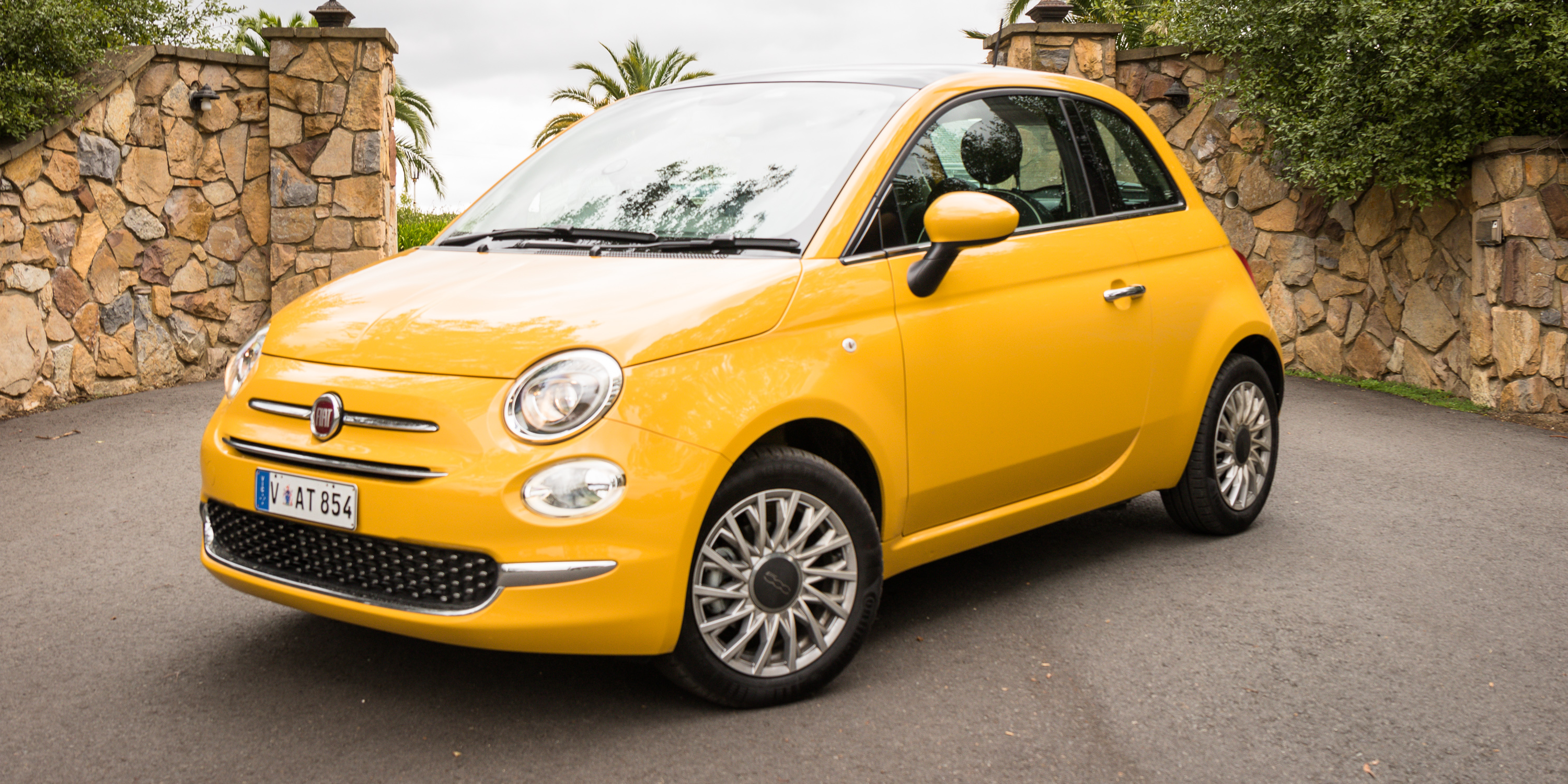 2016 Fiat 500 Review - Photos