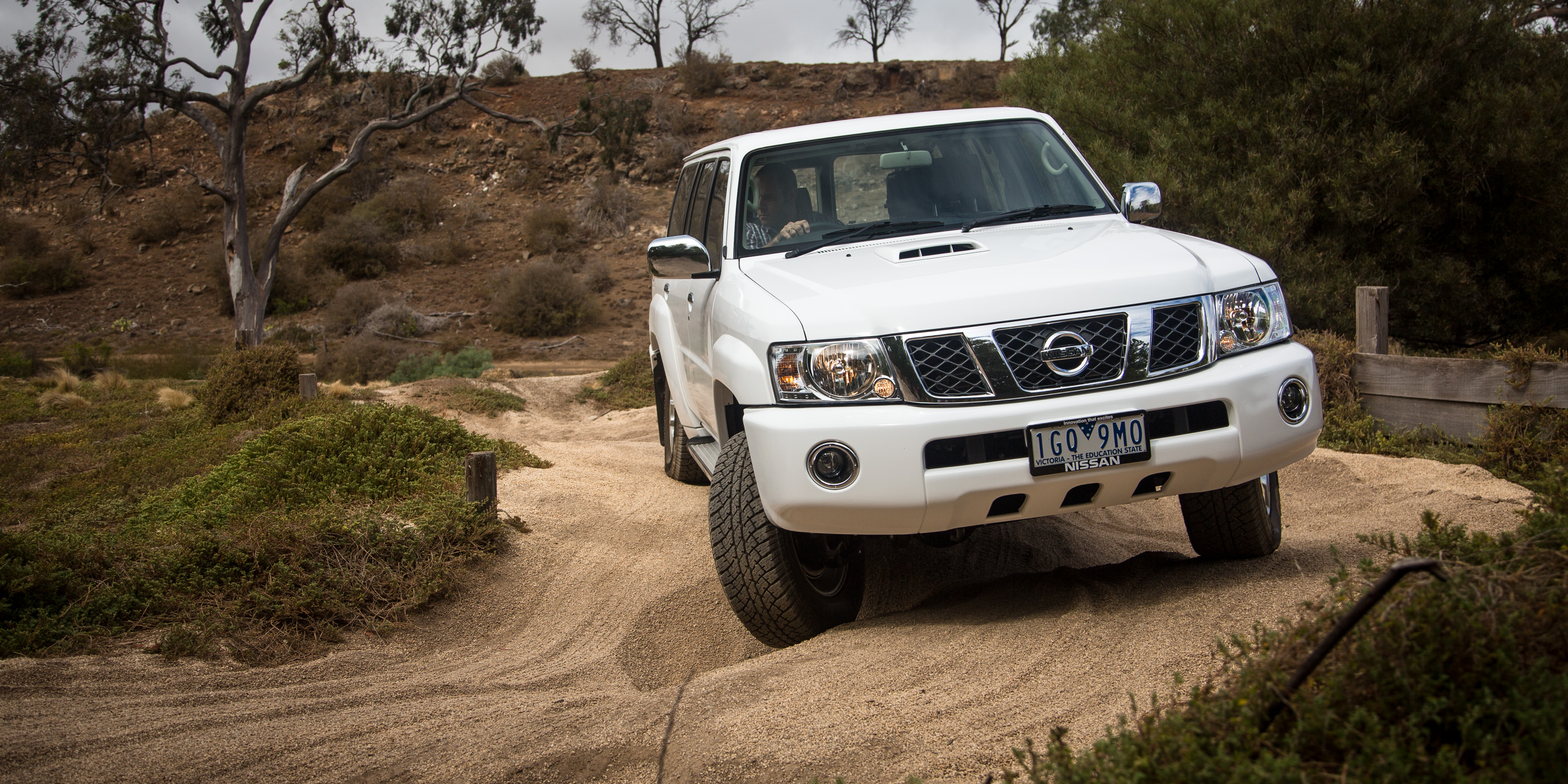 2016 Nissan Patrol ST Y61 Review - photos | CarAdvice