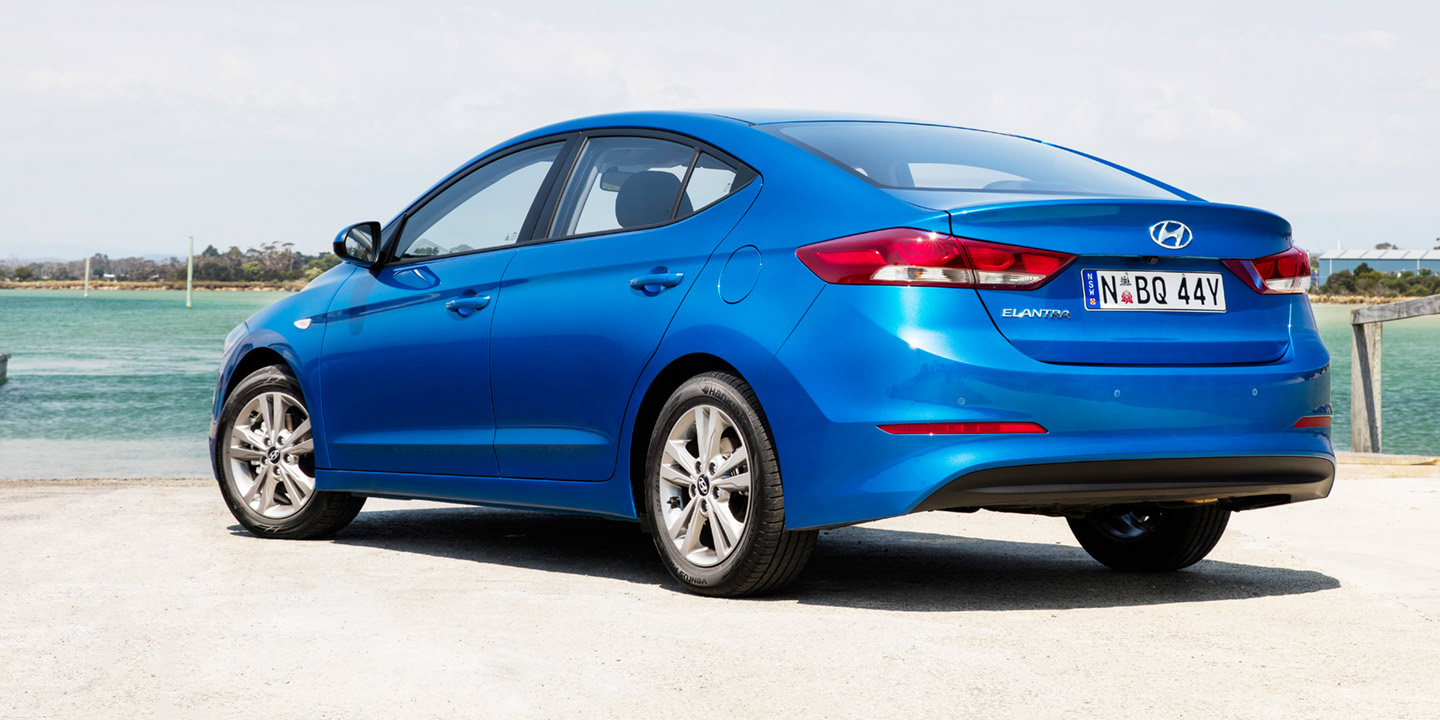 2016 hyundai elantra pricing and specifications photos caradvice. Black Bedroom Furniture Sets. Home Design Ideas