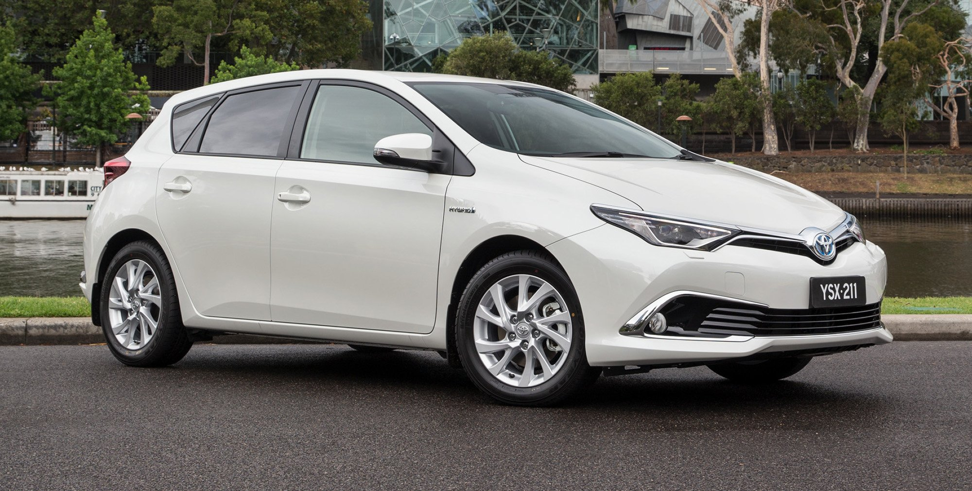 2016 Toyota Corolla Hybrid Hatch Confirmed For Australia