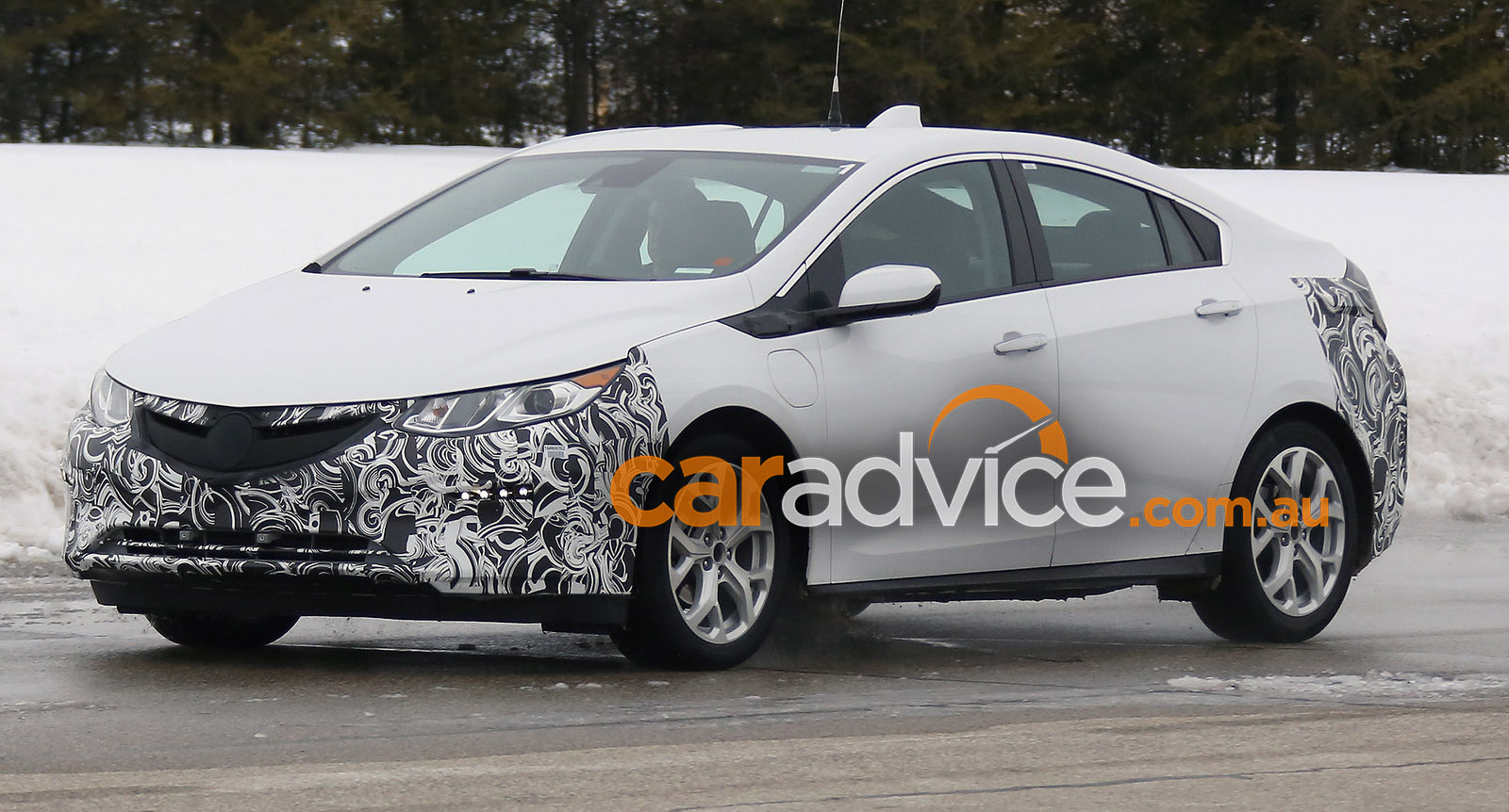 2017 Chevrolet Volt >> 2017 Opel Ampera spied in Europe: Holden Ampera to follow in Australia? - photos | CarAdvice
