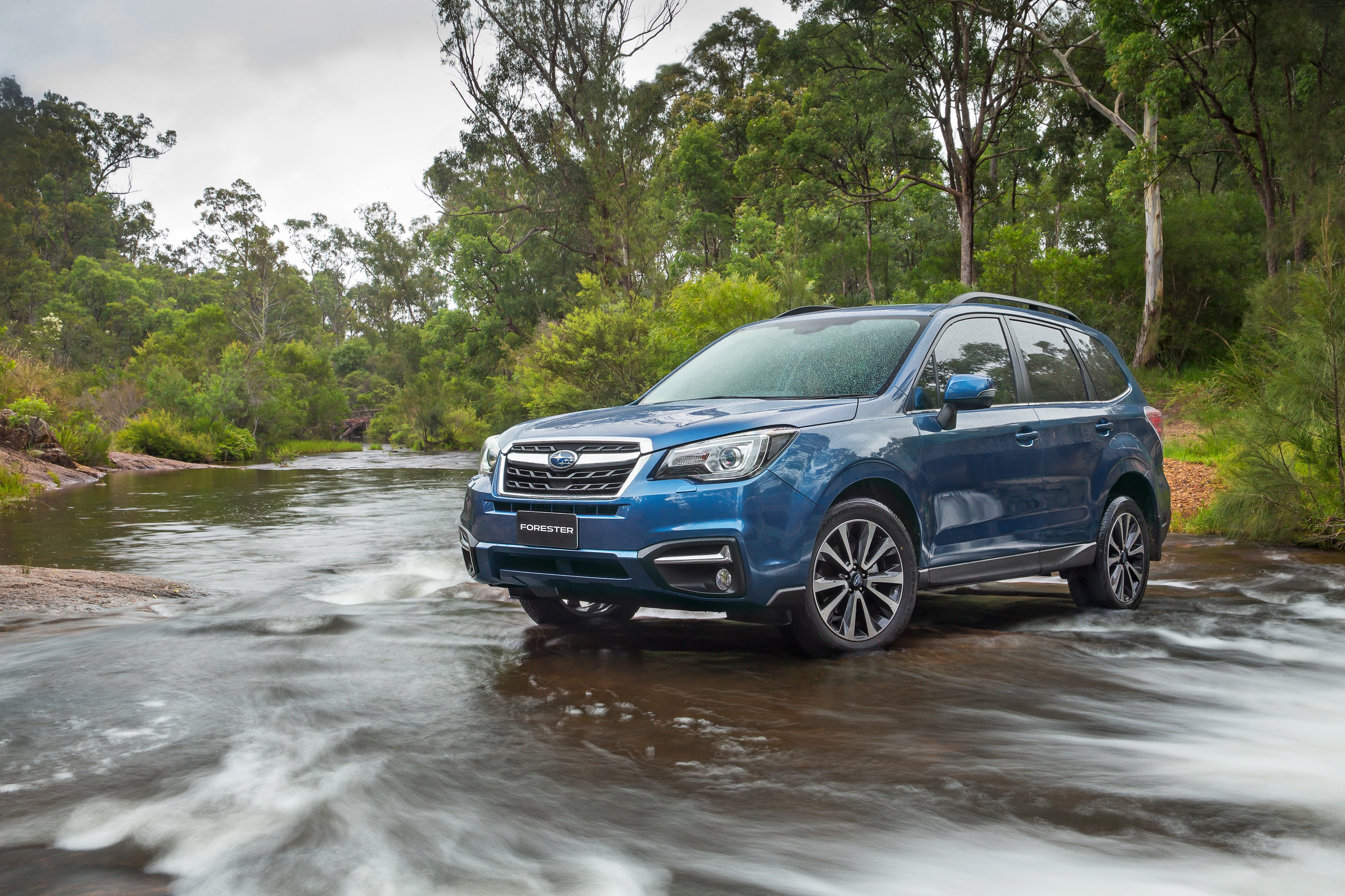 2016 Subaru Forester pricing and specifications - photos ...