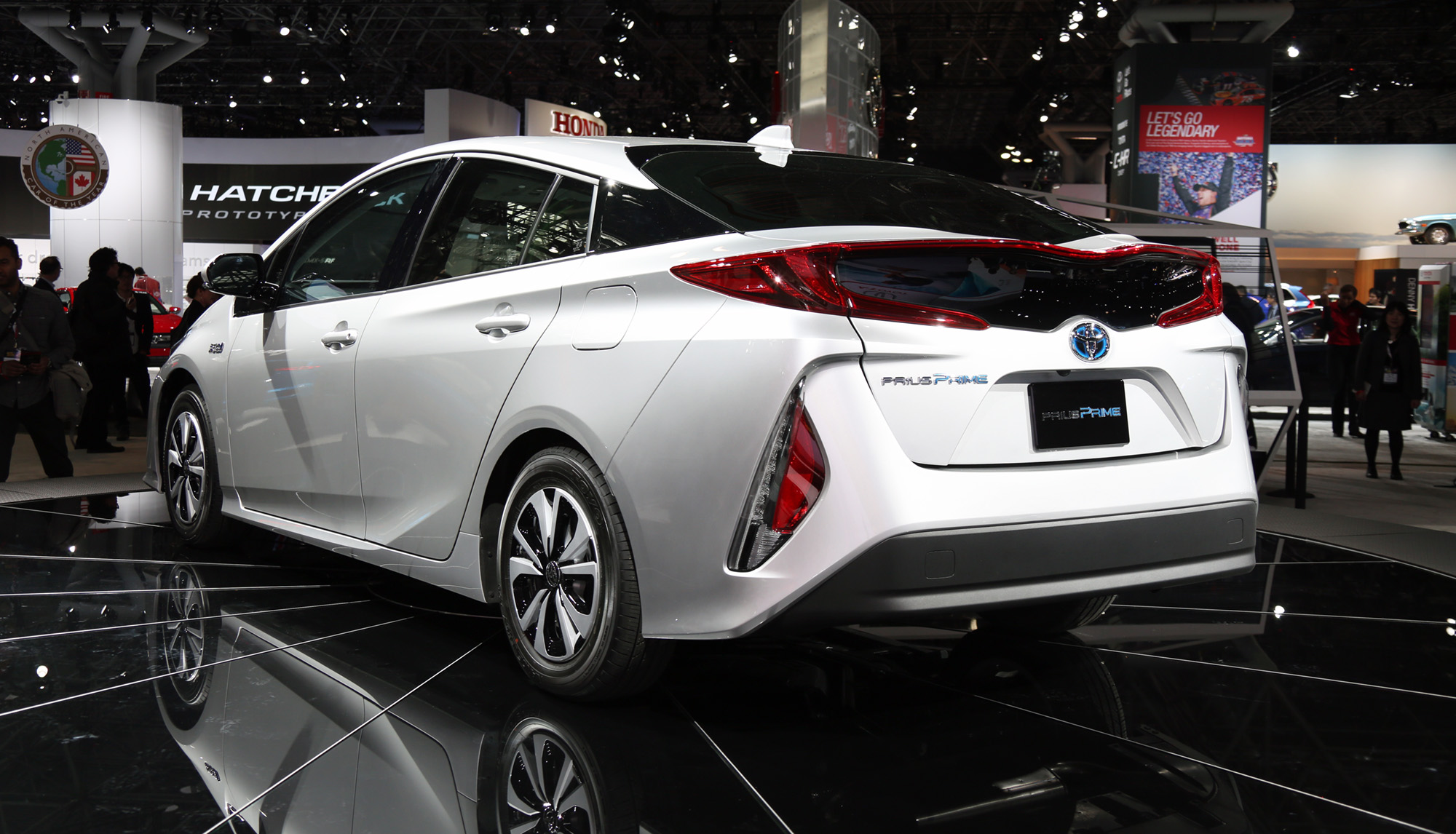 2017 Toyota Prius Prime Plug In Hybrid Model Revealed At