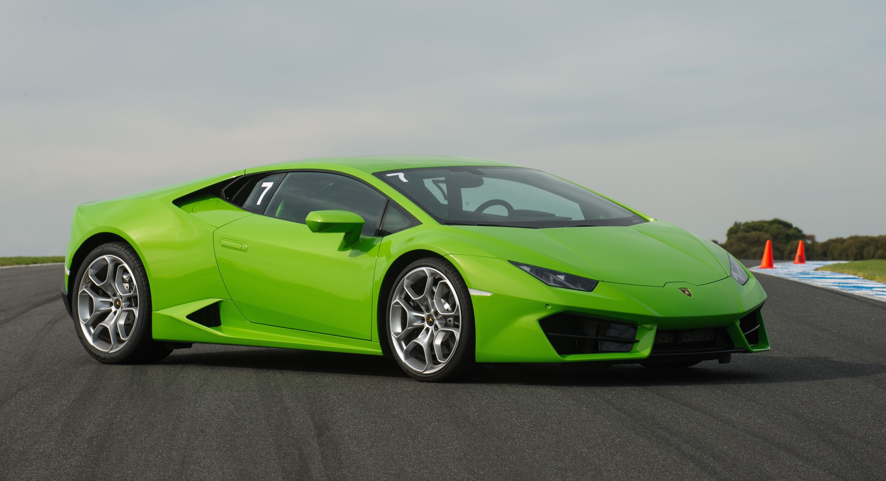 2016 Lamborghini Huracan LP580-2 Review: Track Test ...