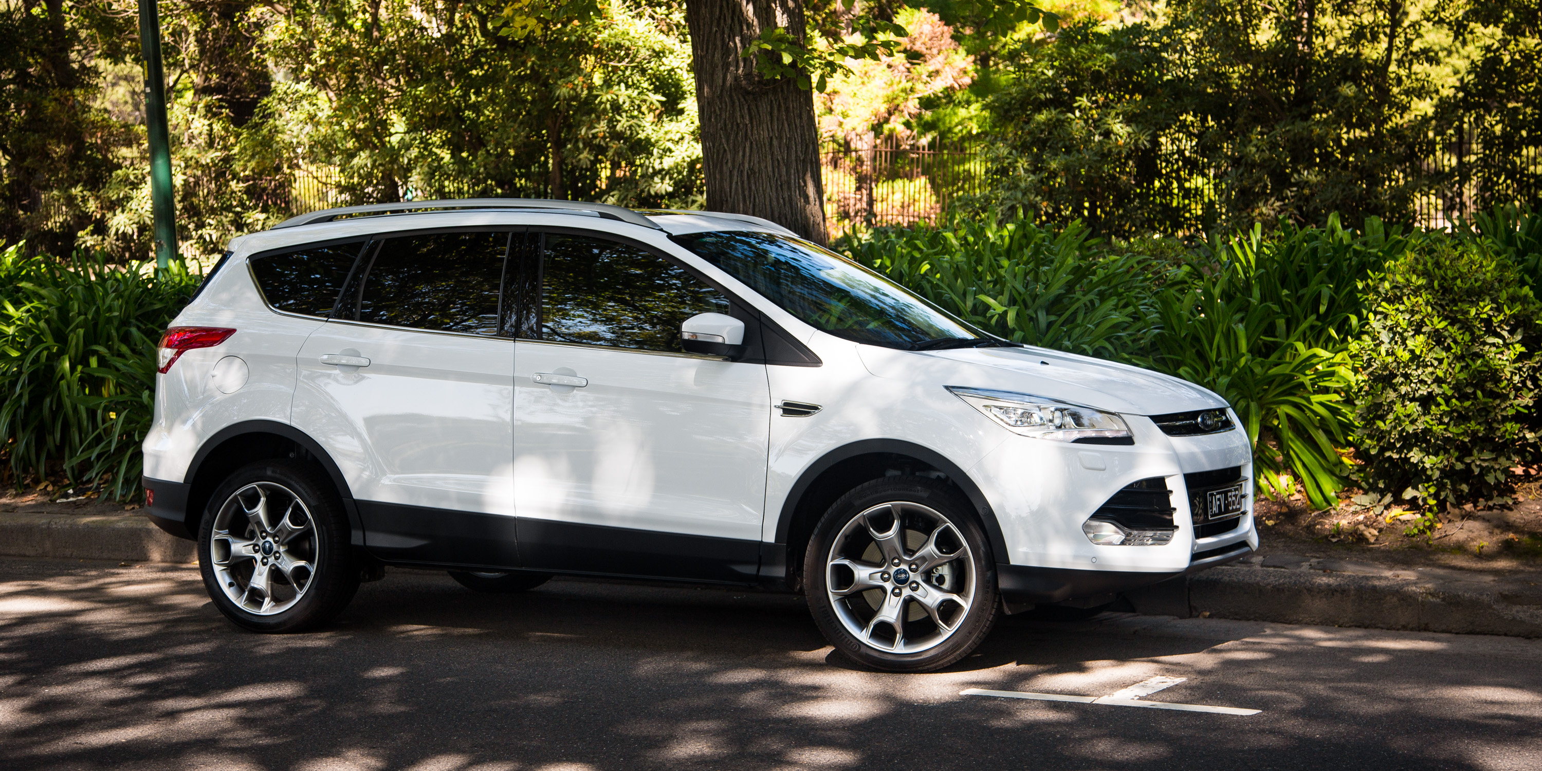 2016 ford kuga titanium review caradvice. Black Bedroom Furniture Sets. Home Design Ideas