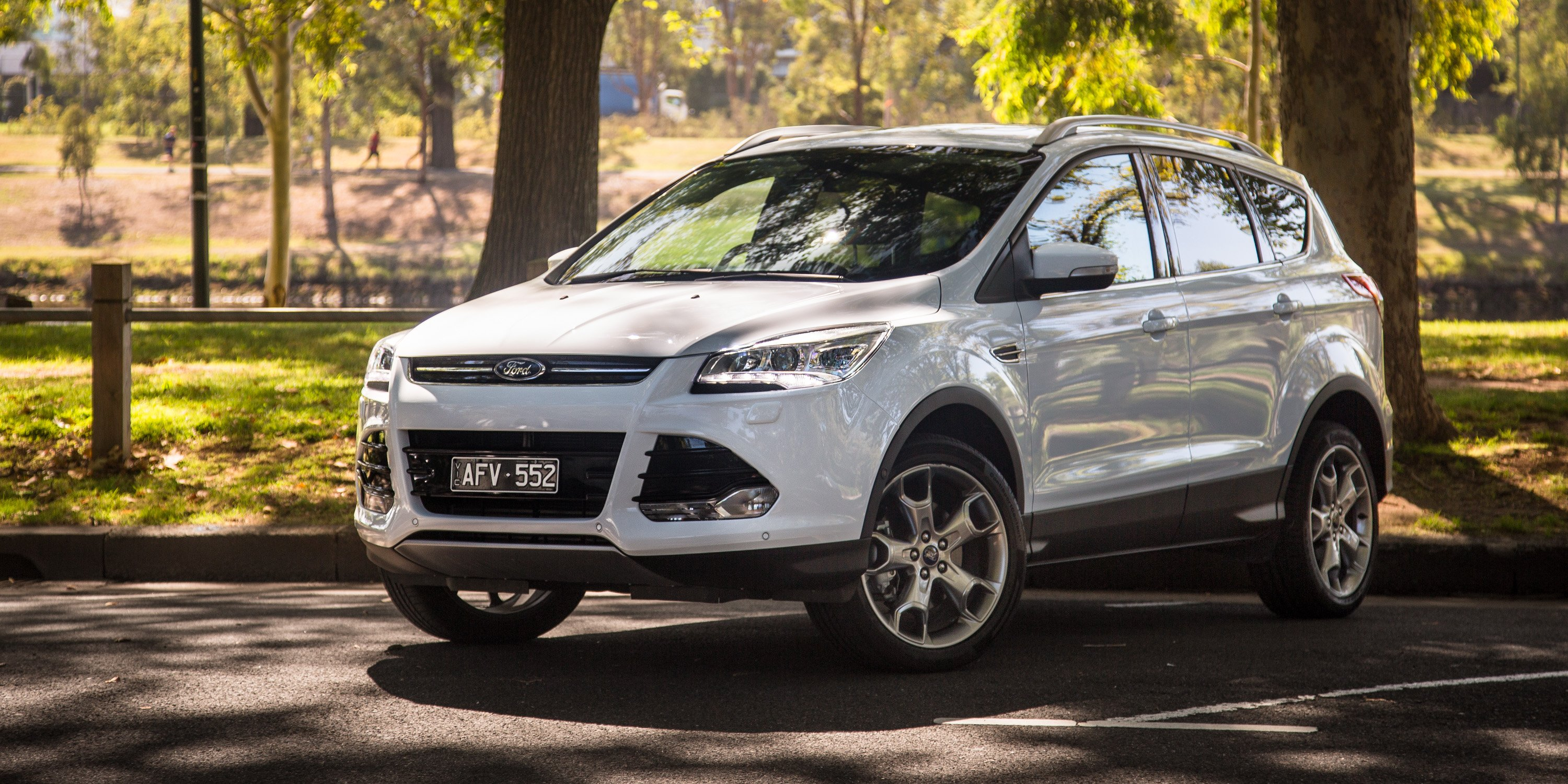 2016 ford kuga titanium review photos caradvice. Black Bedroom Furniture Sets. Home Design Ideas