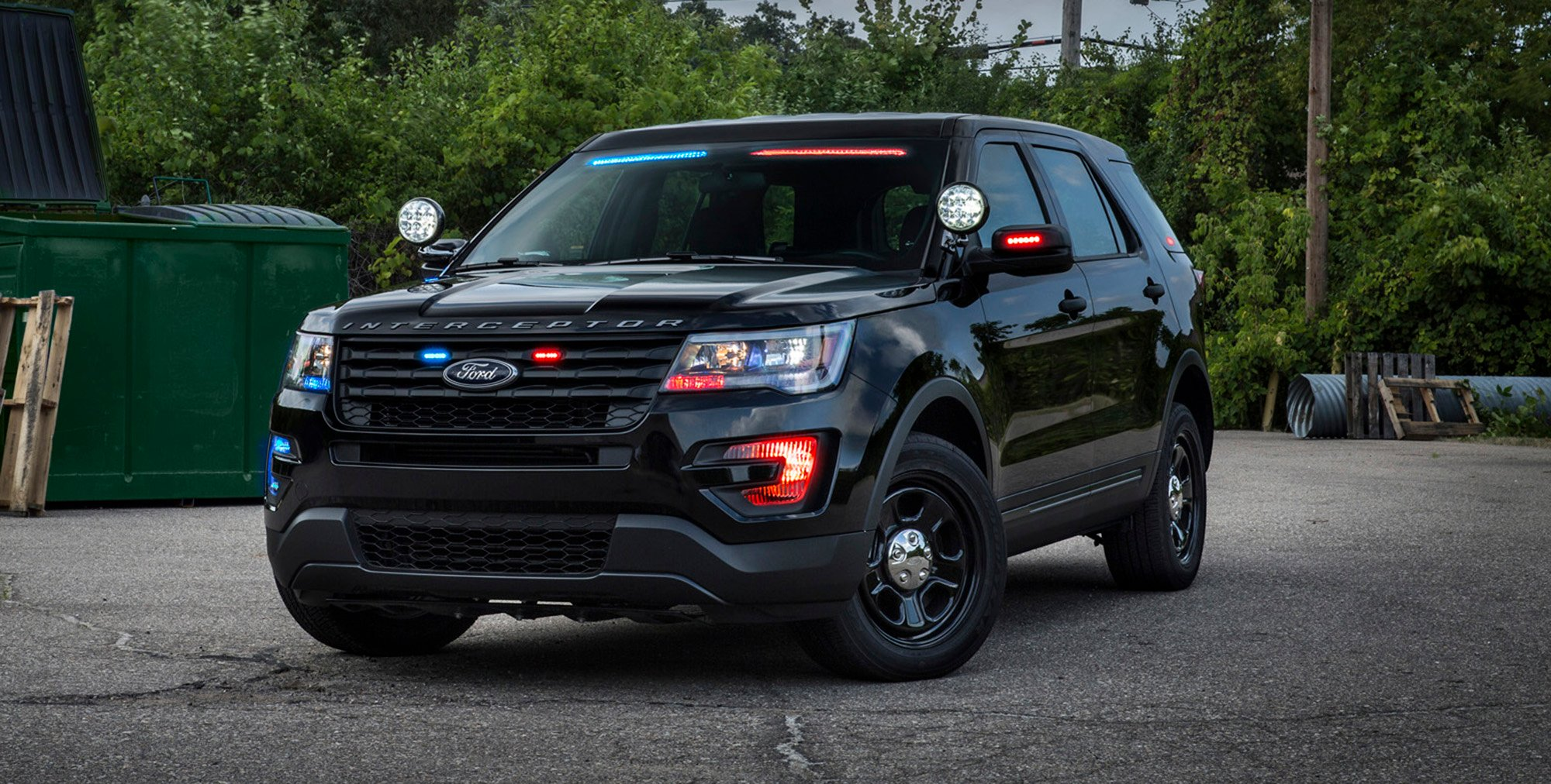 ford unveils no profile light bar for police interceptor vehicles photos caradvice. Black Bedroom Furniture Sets. Home Design Ideas