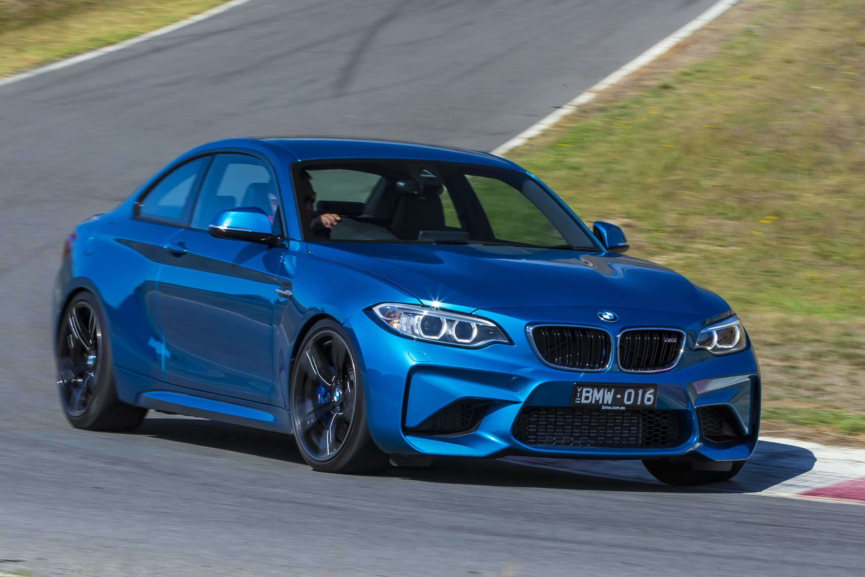 Specs Of Car >> 2016 BMW M2 Review: Track Test - photos | CarAdvice