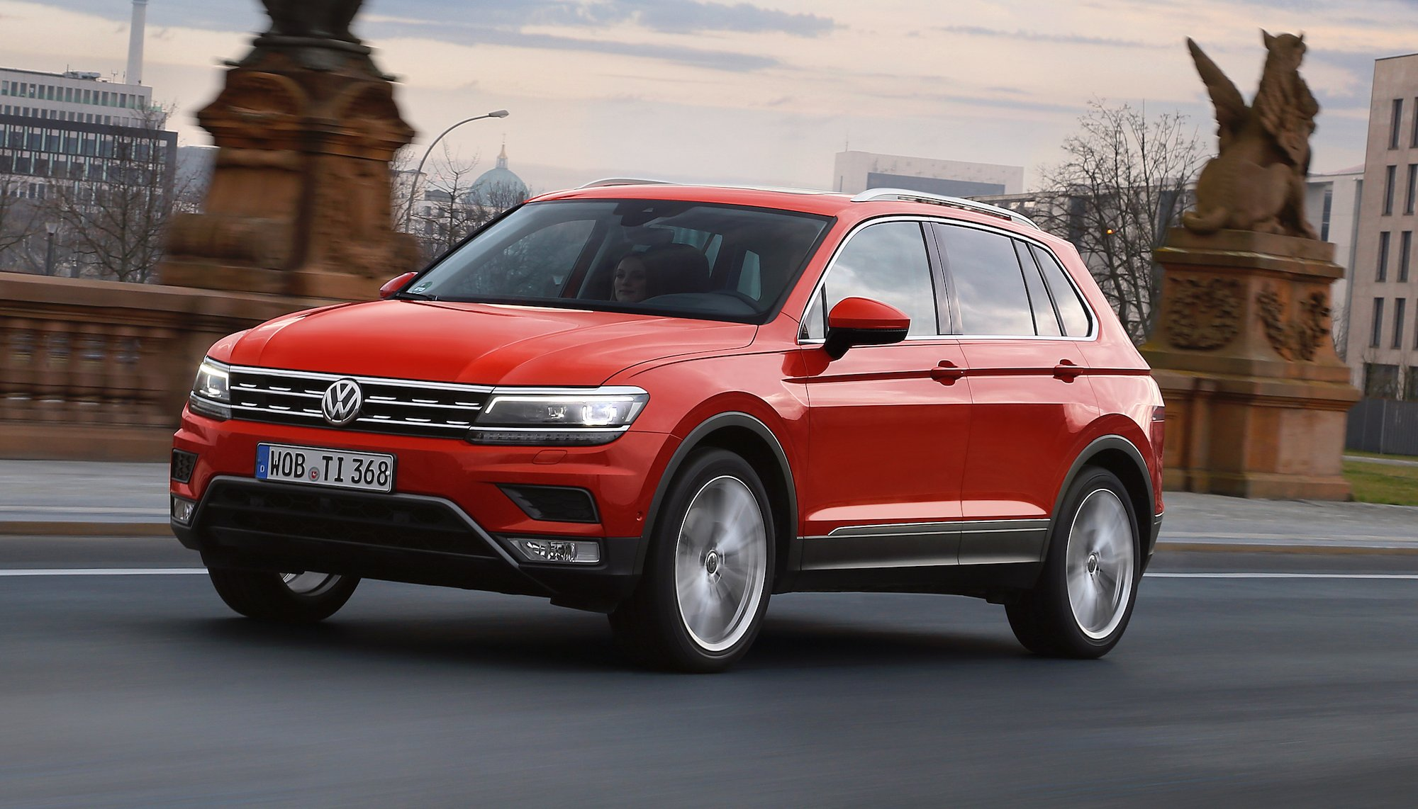 2016 volkswagen tiguan review photos caradvice. Black Bedroom Furniture Sets. Home Design Ideas