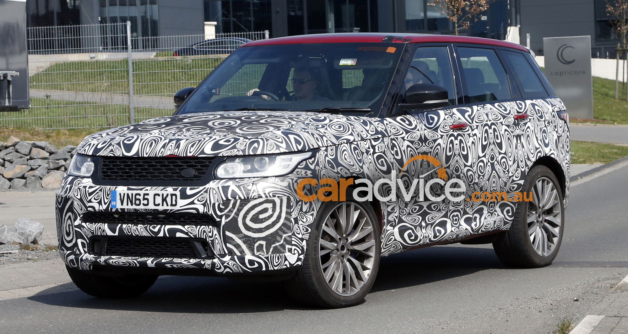 2017 range rover sport svr spied testing performance upgrades expected photos caradvice. Black Bedroom Furniture Sets. Home Design Ideas