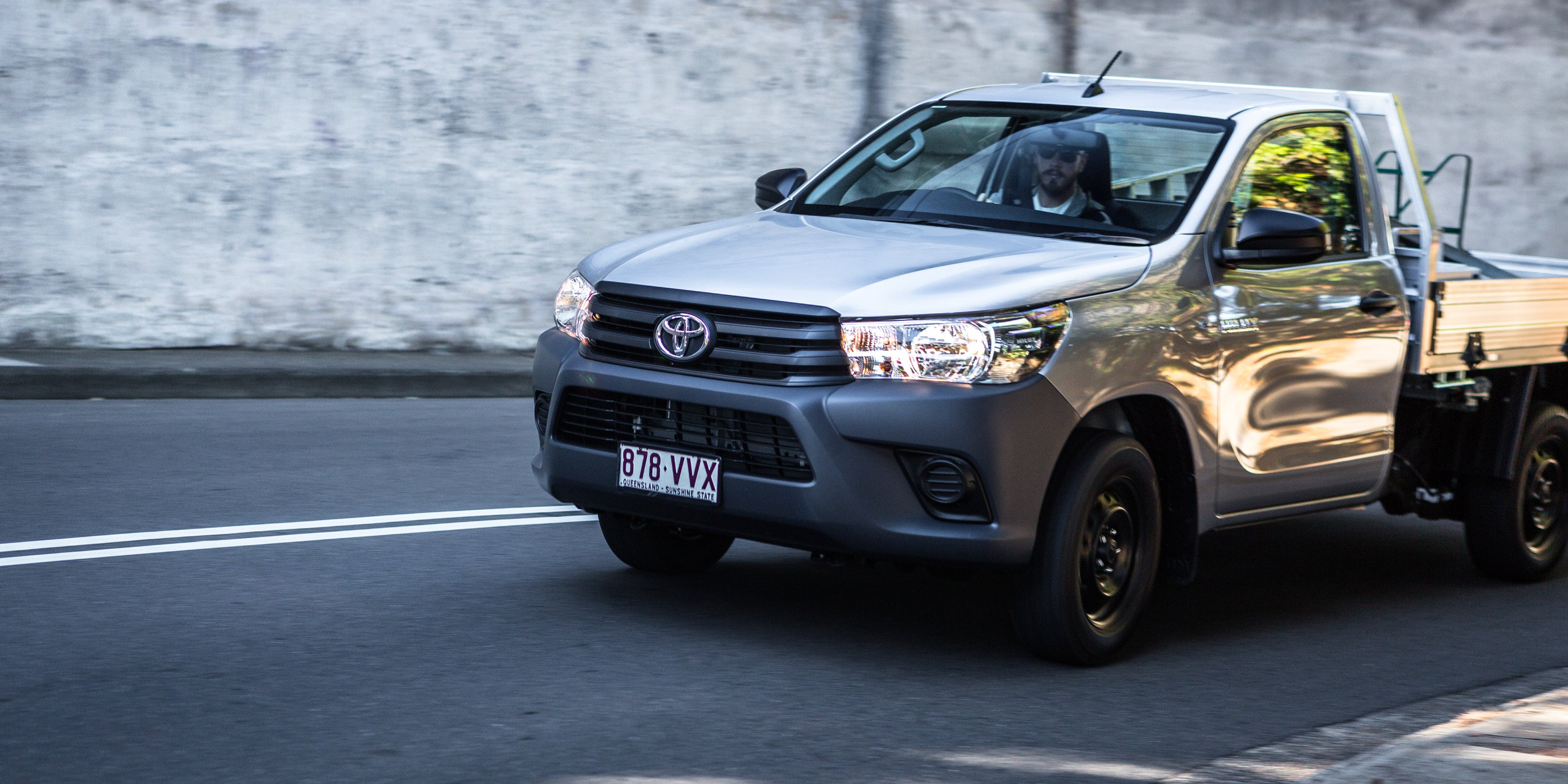 2016 Toyota HiLux Workmate 4x2 Single-Cab Review | CarAdvice