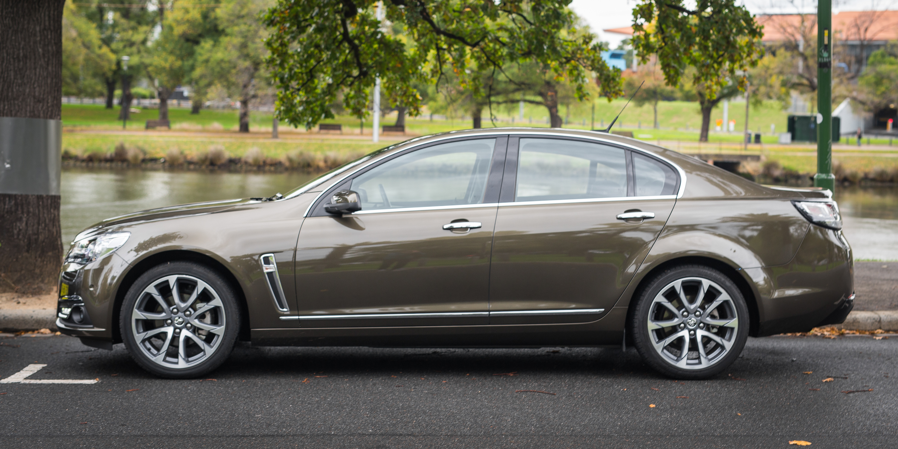 Mitsubishi Eclipse 2016 >> 2016 Holden Calais V Sedan Review - photos | CarAdvice