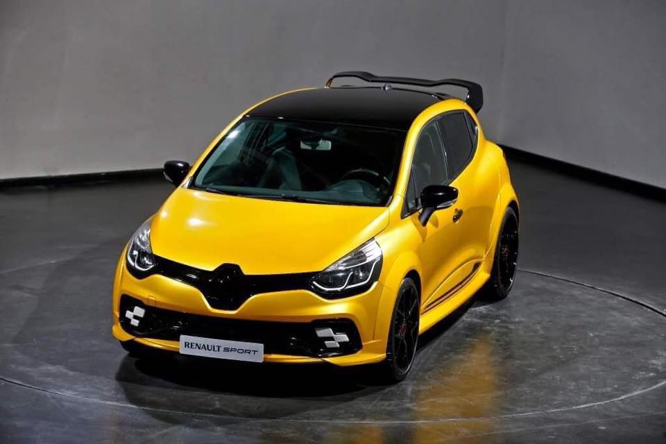 2017 renault clio rs 39 kz 01 39 leaked more power bolder styling photos caradvice. Black Bedroom Furniture Sets. Home Design Ideas