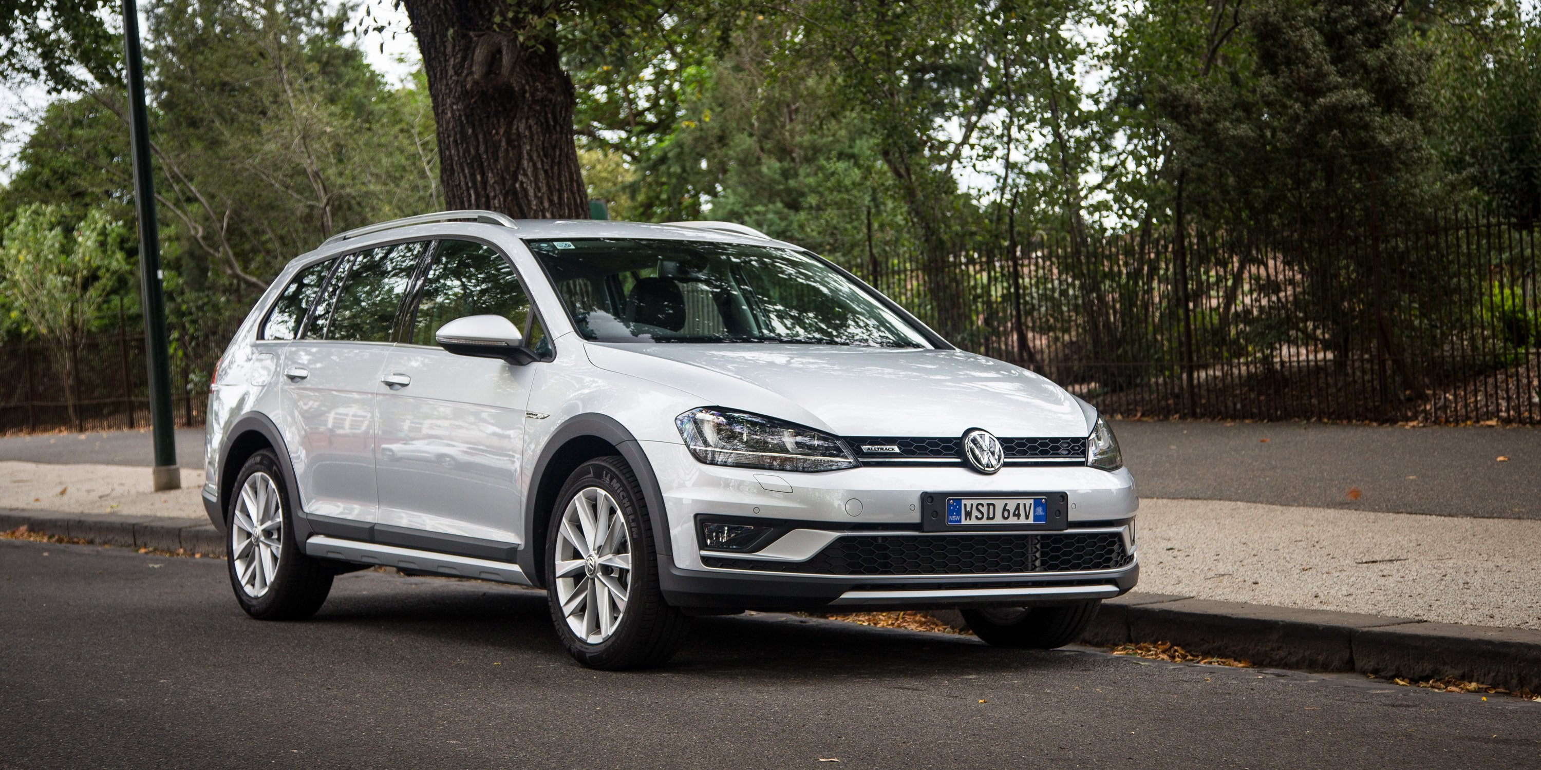 2016 Volkswagen Golf Alltrack Review Photos Caradvice