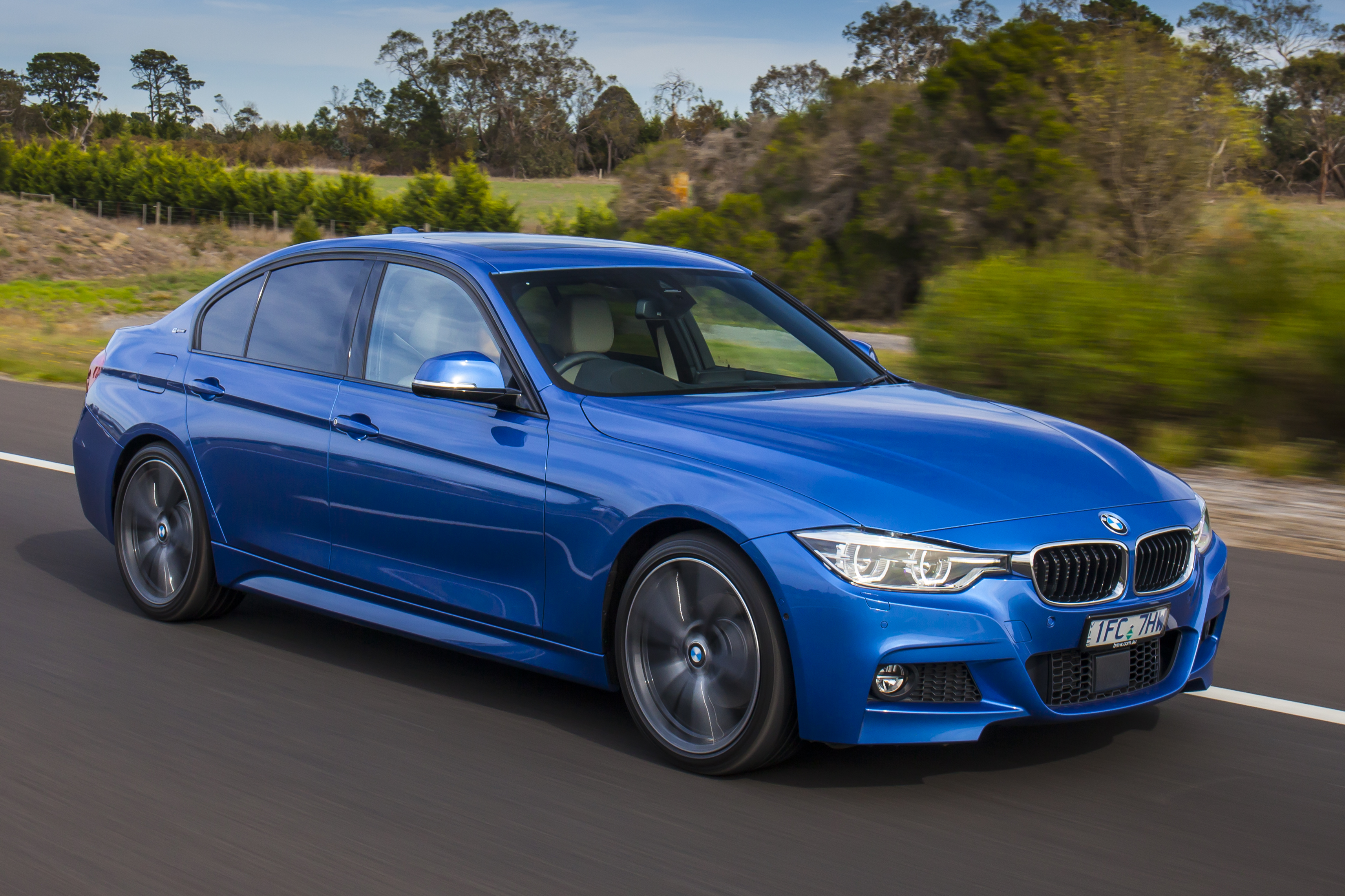 2016 BMW 330e Plug-in Hybrid Review | CarAdvice