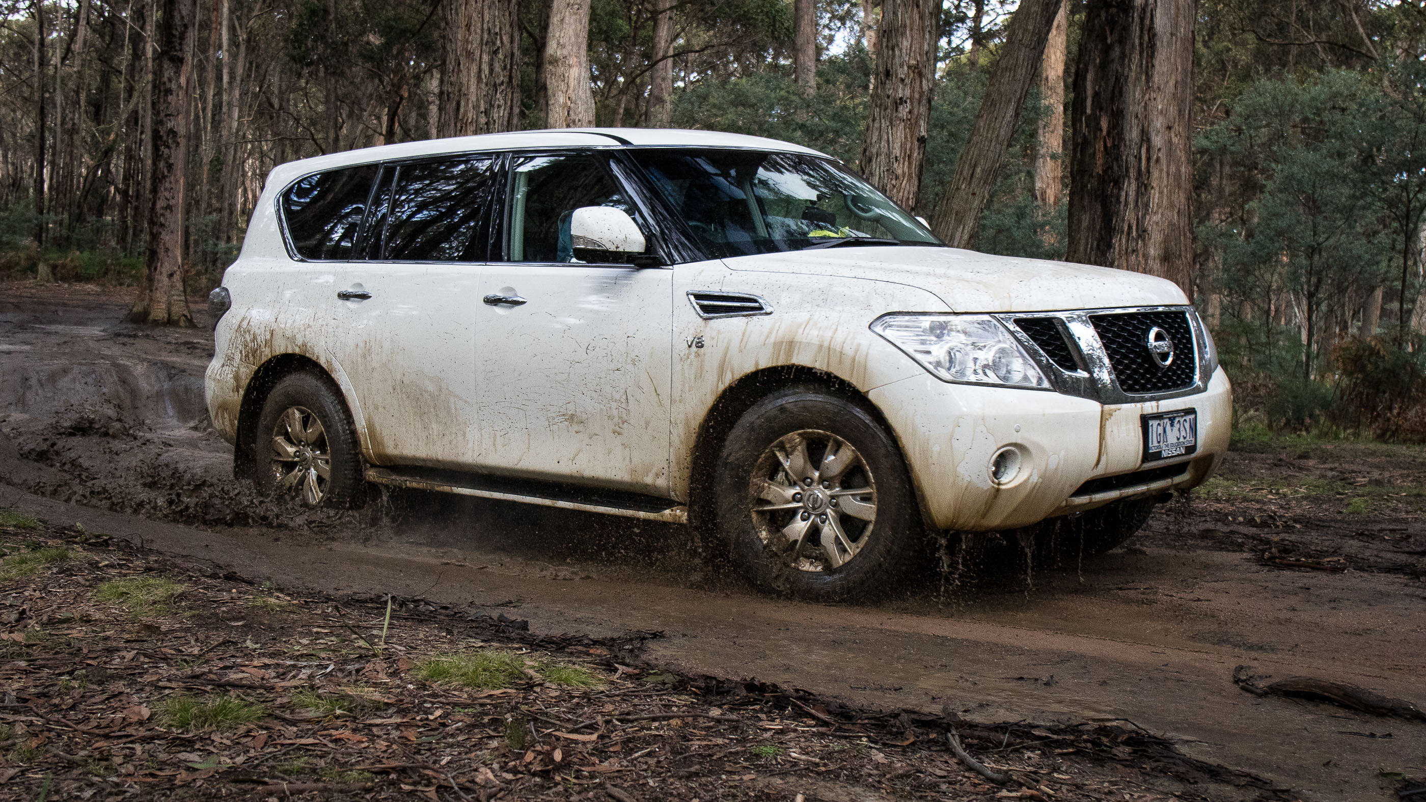 Toyota Corolla Off Road >> 2016 Nissan Patrol Ti Review - photos | CarAdvice