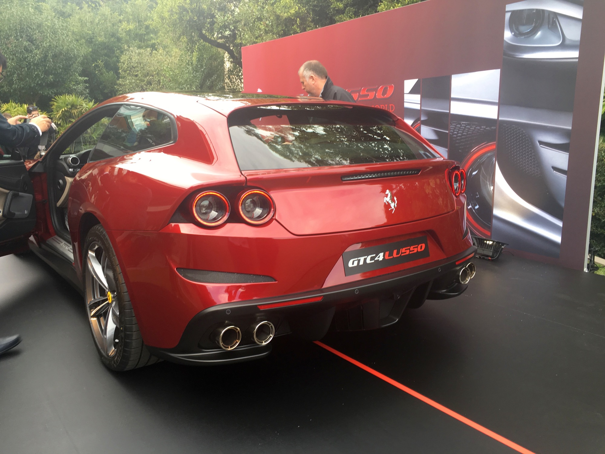 Ferrari Designer Says No Way To Ferrari Suv Photos Caradvice