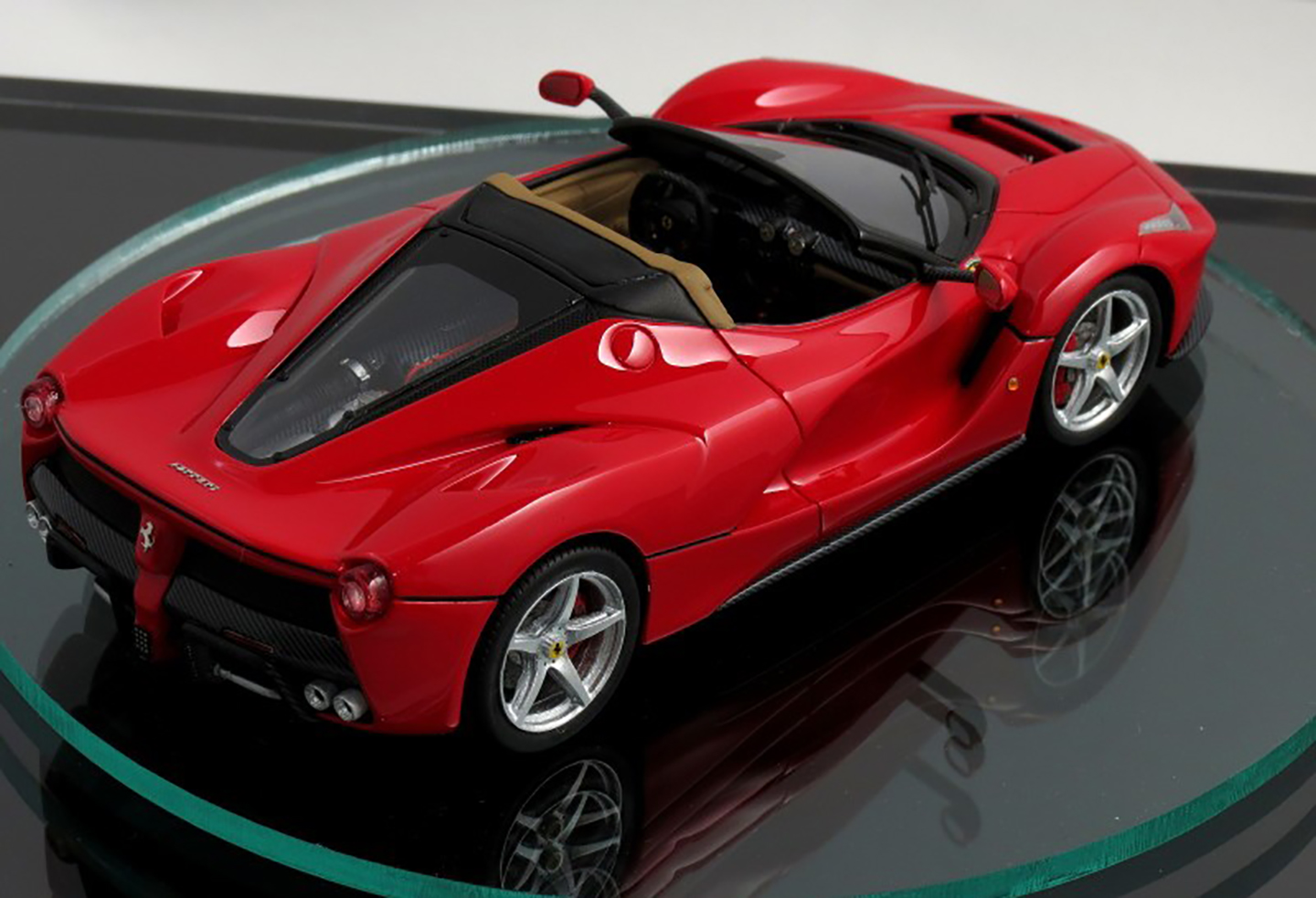 Chrysler 300 2016 Review >> 2017 LaFerrari Spider previewed by scale model - photos | CarAdvice
