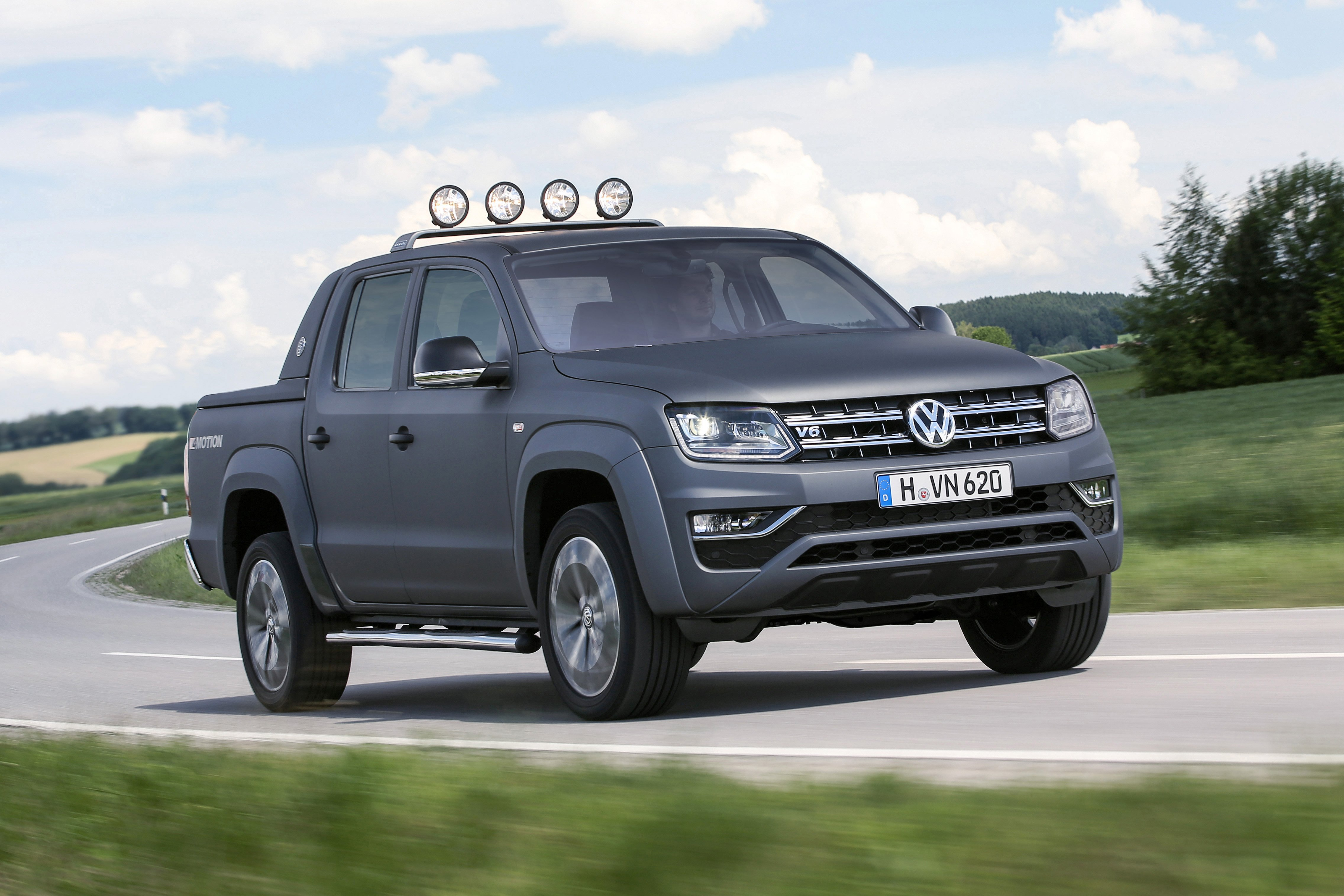 2017 volkswagen amarok review photos caradvice. Black Bedroom Furniture Sets. Home Design Ideas