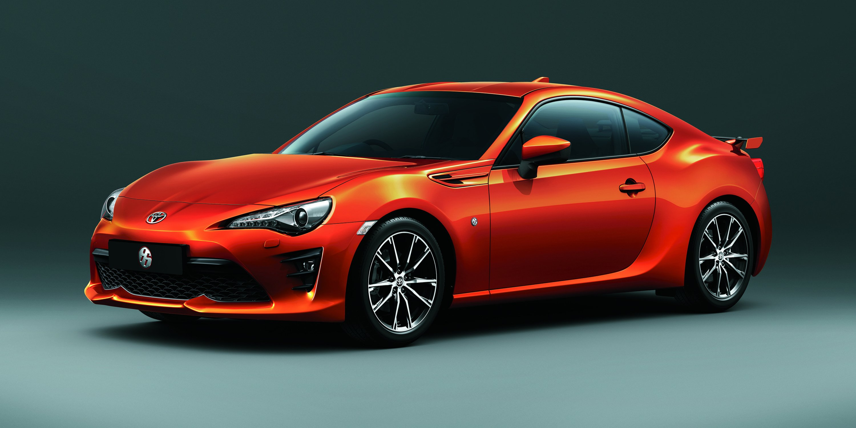 2017 Toyota 86:: updated and uprated sports car confirmed ...